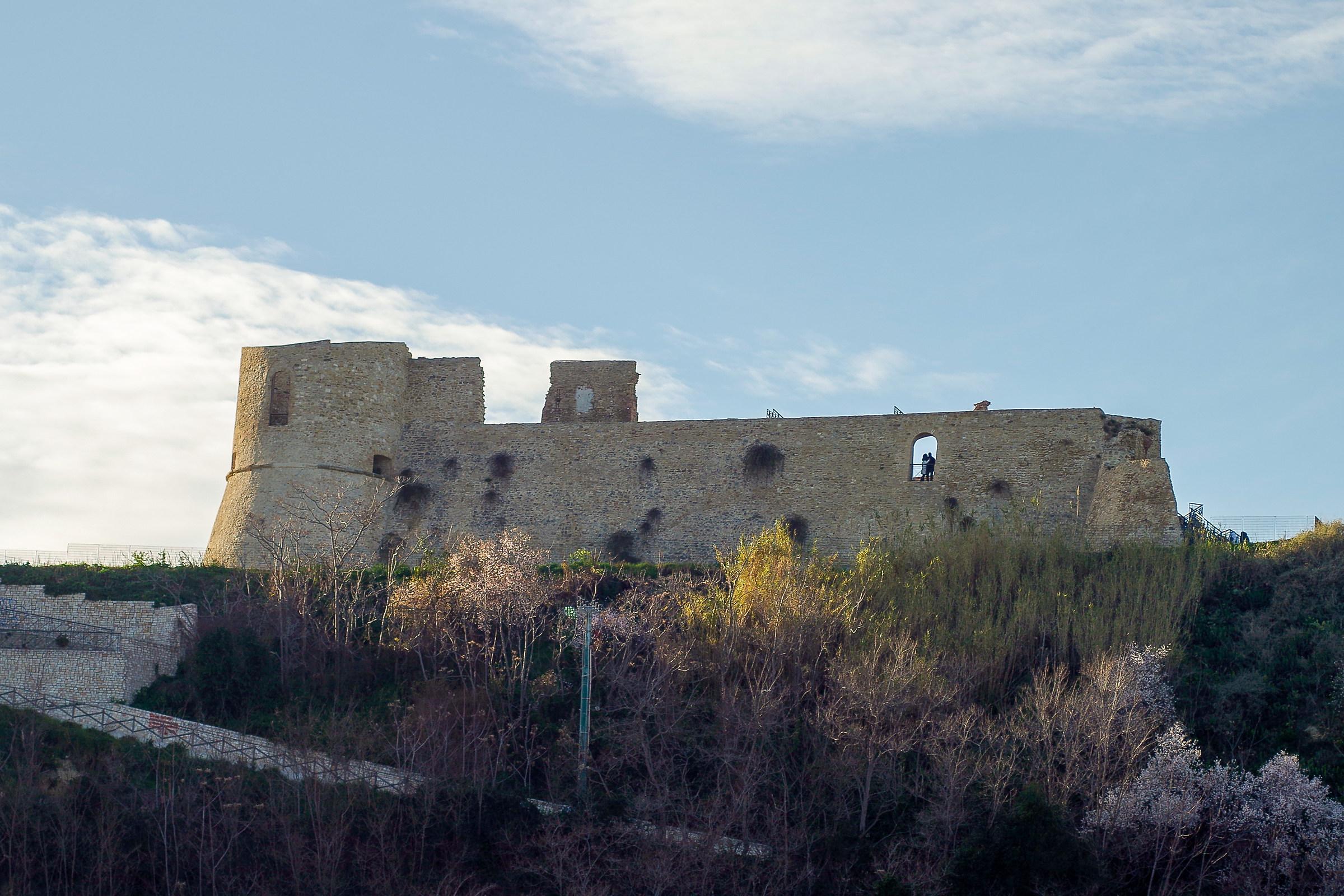 Castello aragonese...