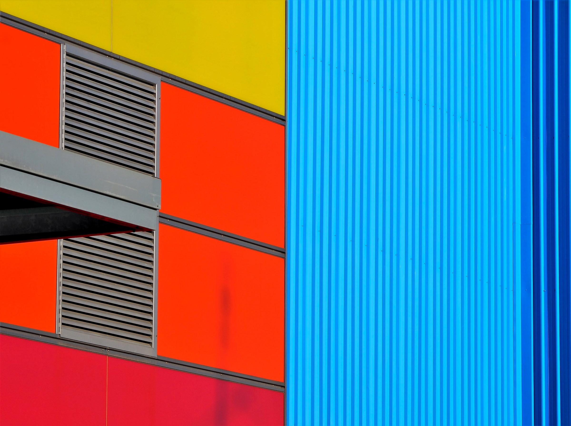 Contrasts Urbani 2...