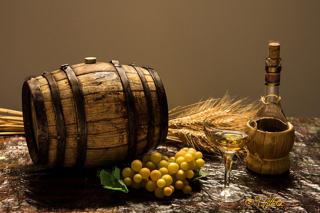 A botticela of Vin Santo...