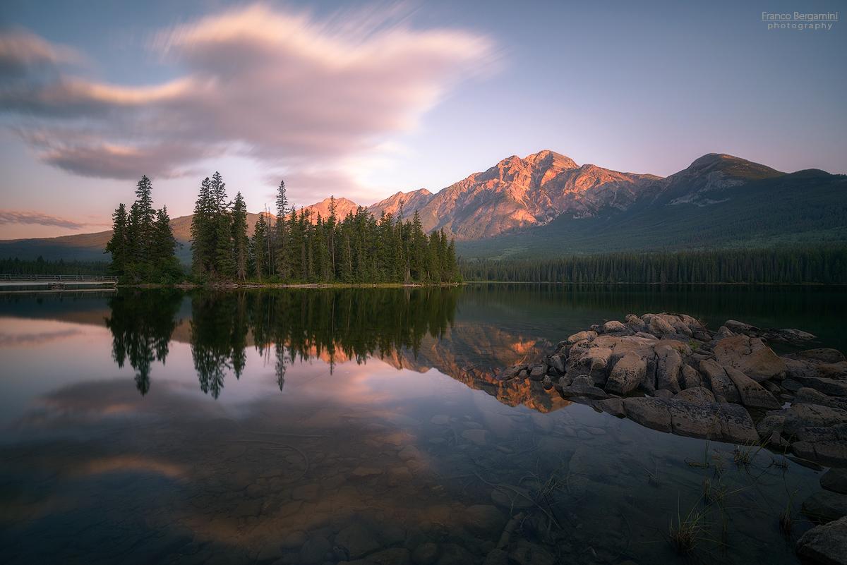Pyramid Lake and Mountain...