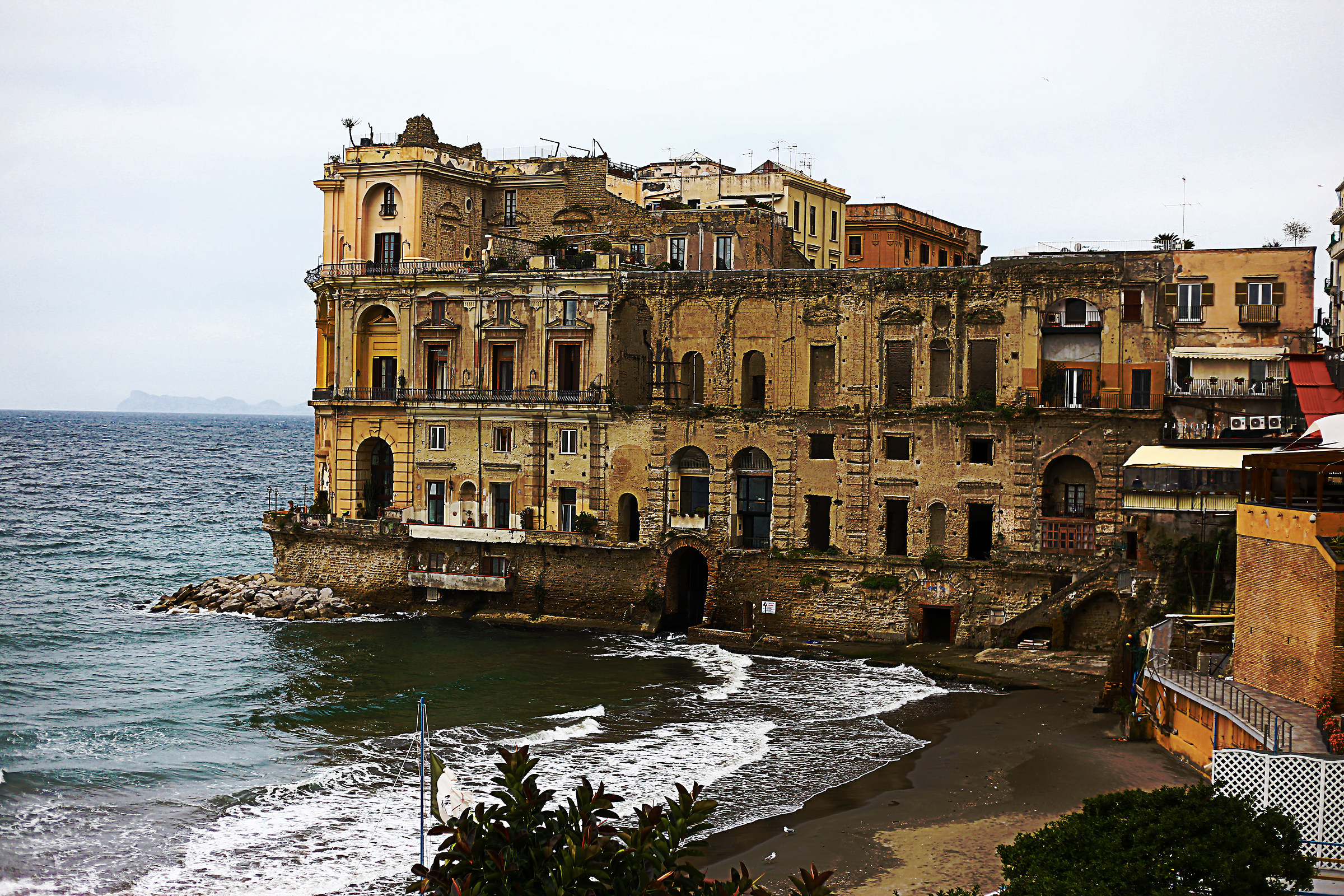 Palazzo Donna Anna...