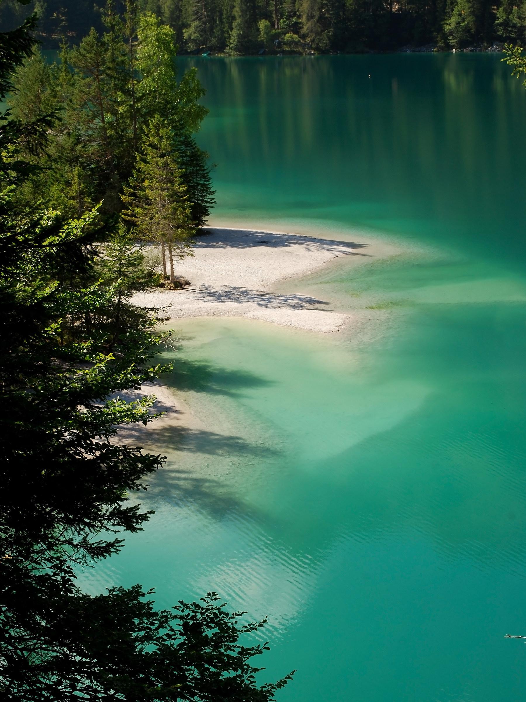 Strolling around Lake Tovel...