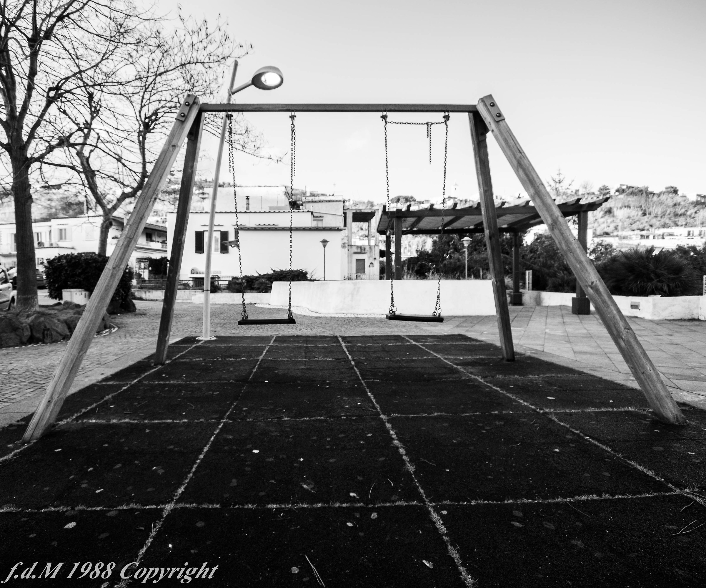 the swing sad without children...