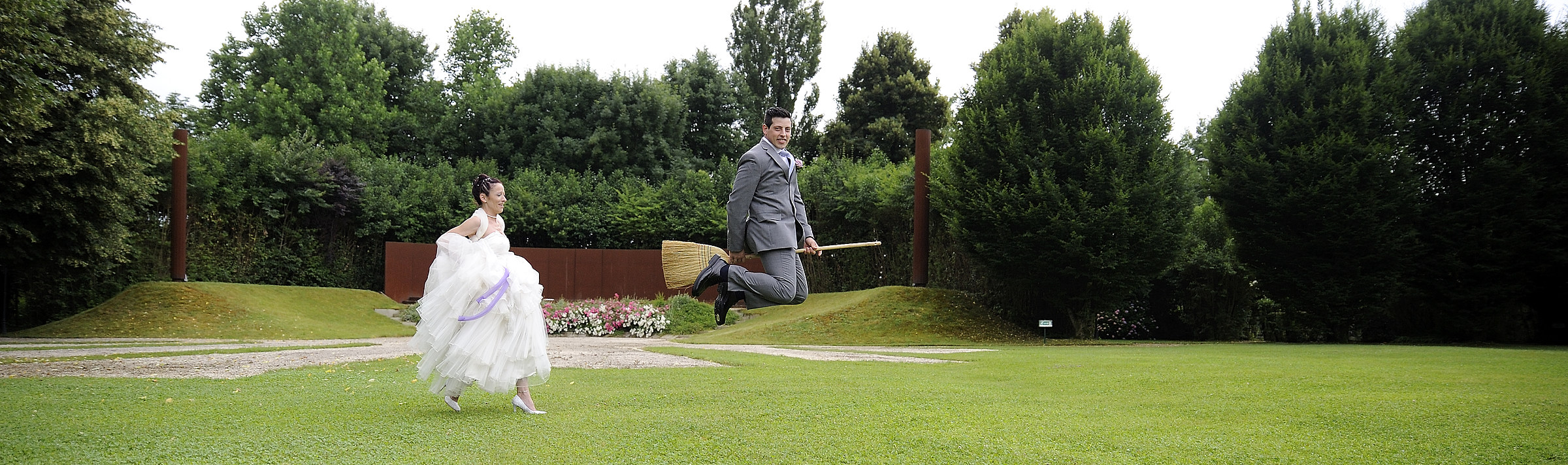 photoshop? no thanks ... the groom is athletic....