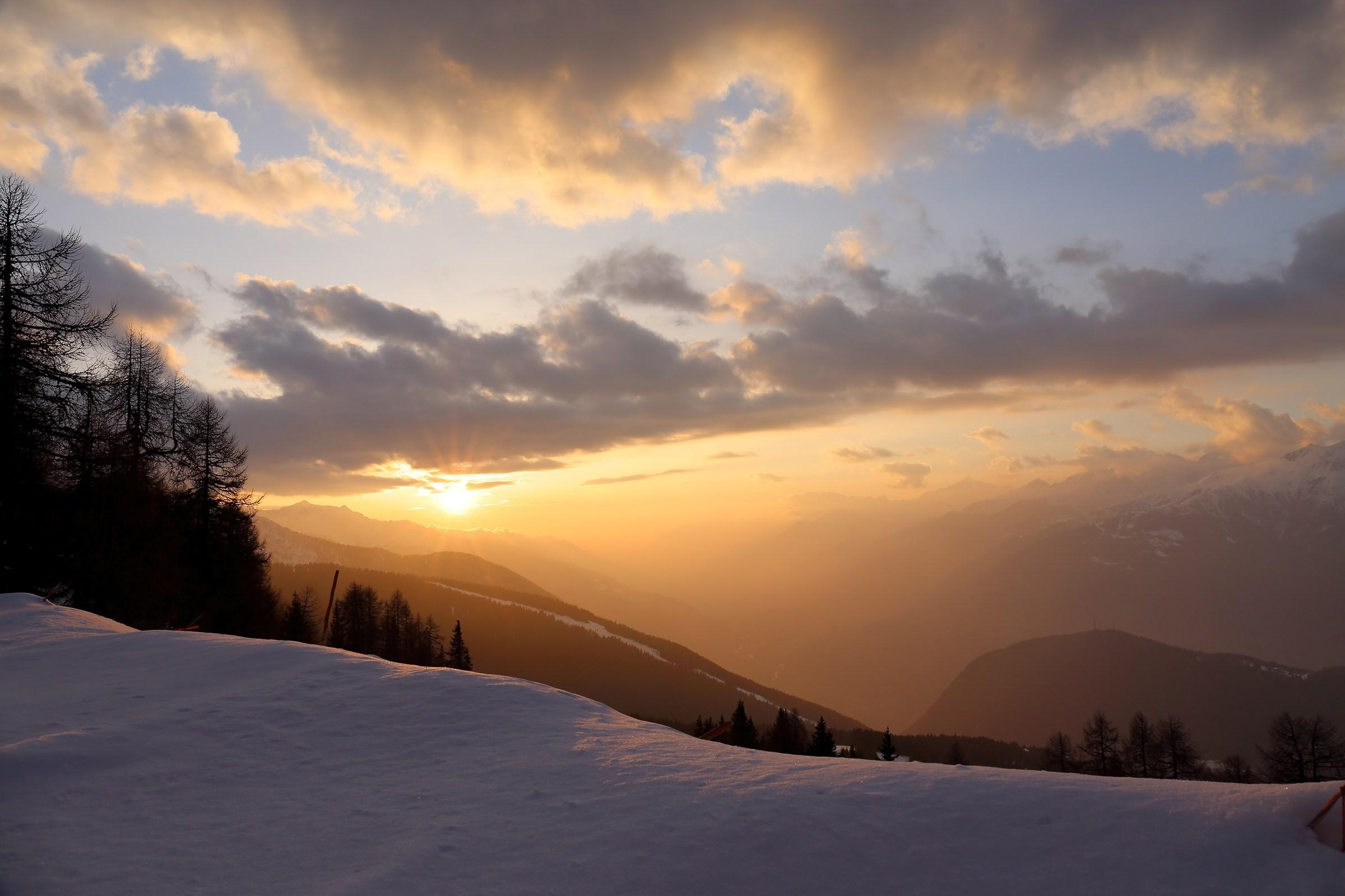 sunset from Baradello 1...