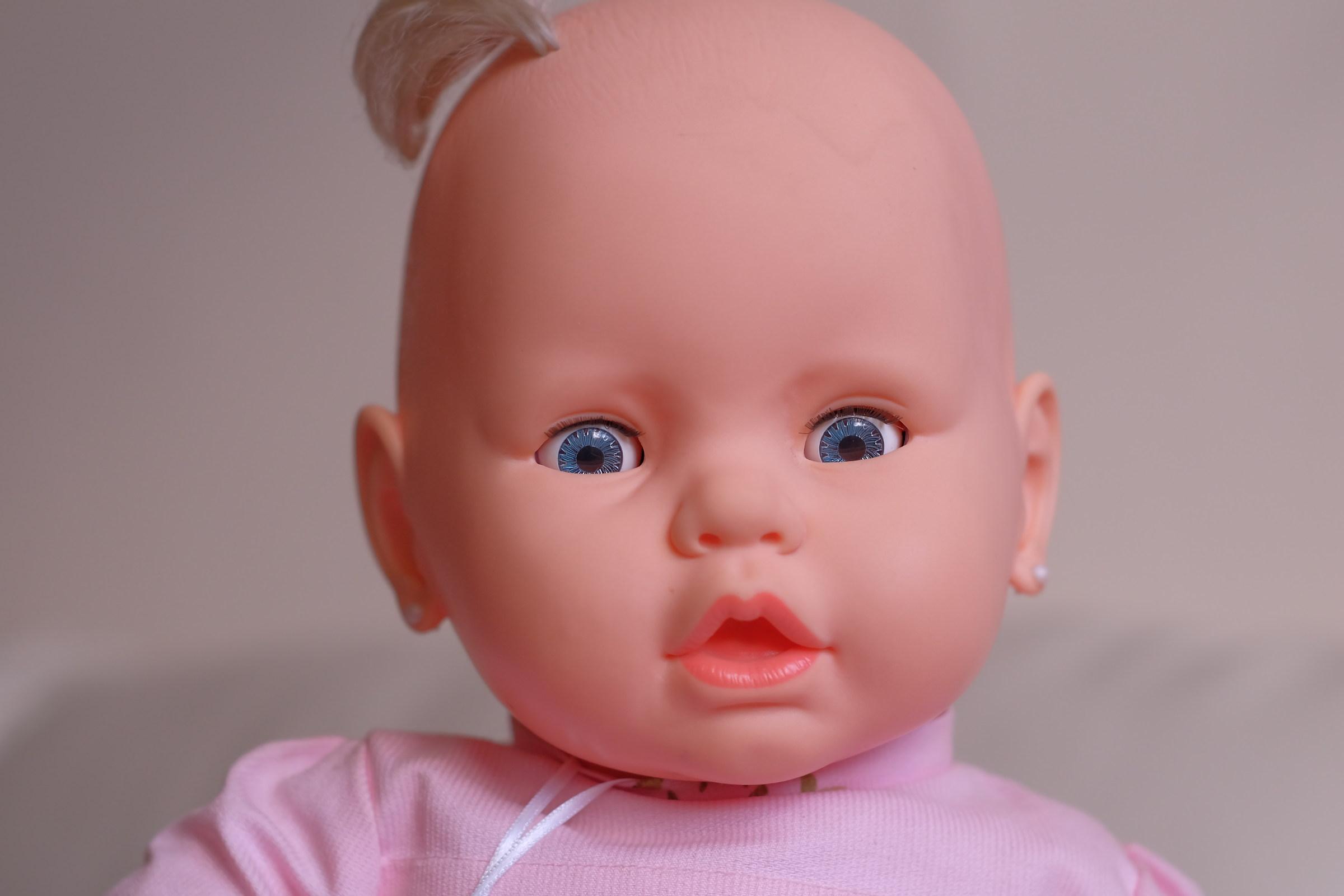La bambola...