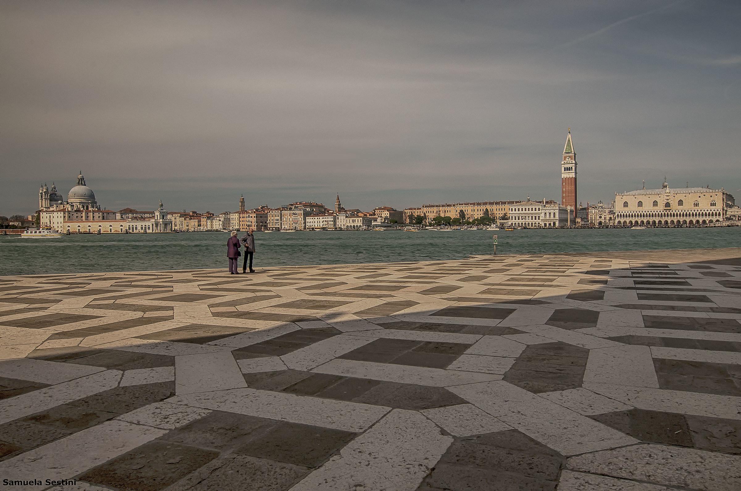 Da San Giorgio Maggiore...si vede tutto!...