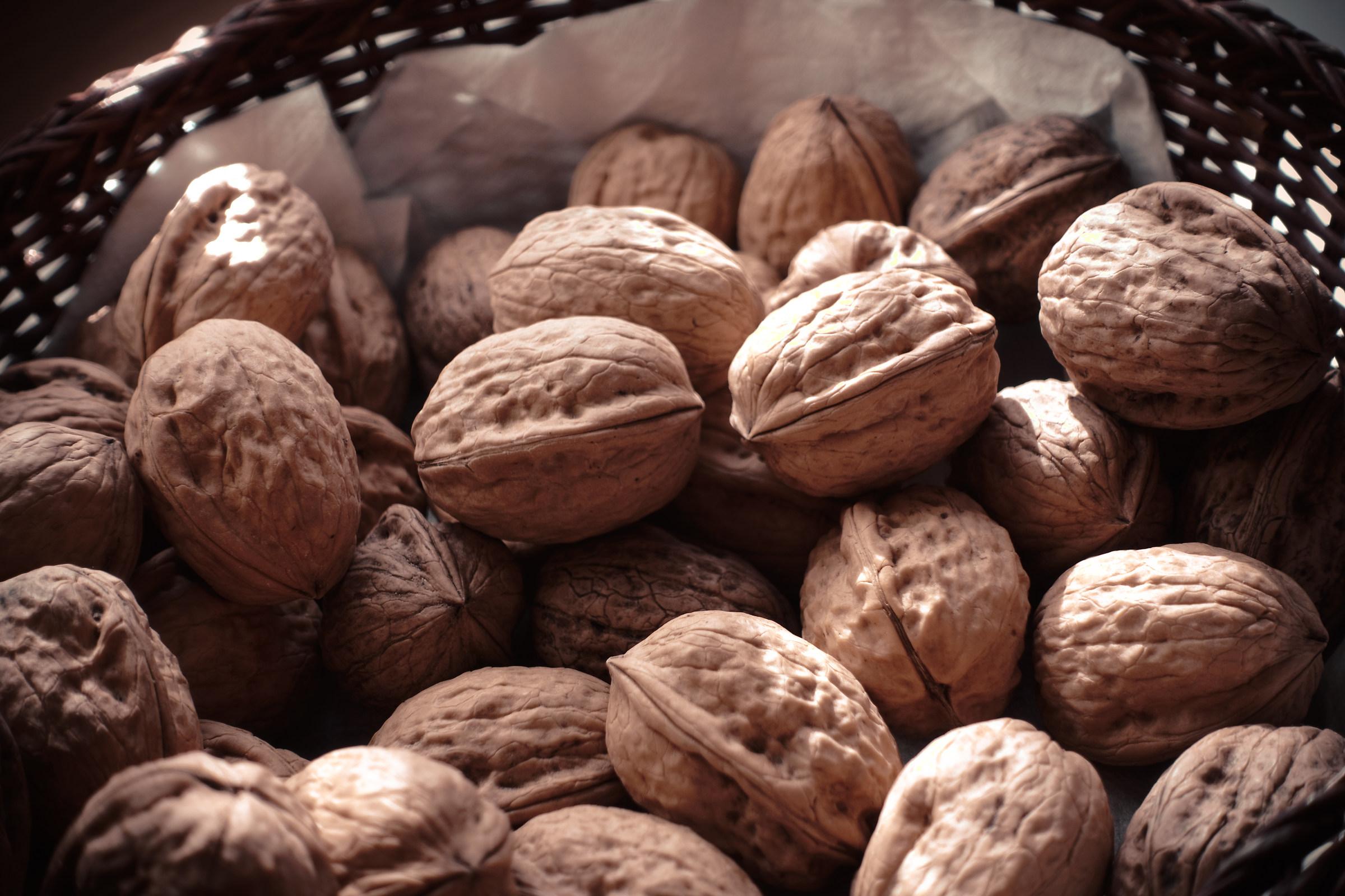 nuts nuts ... ......