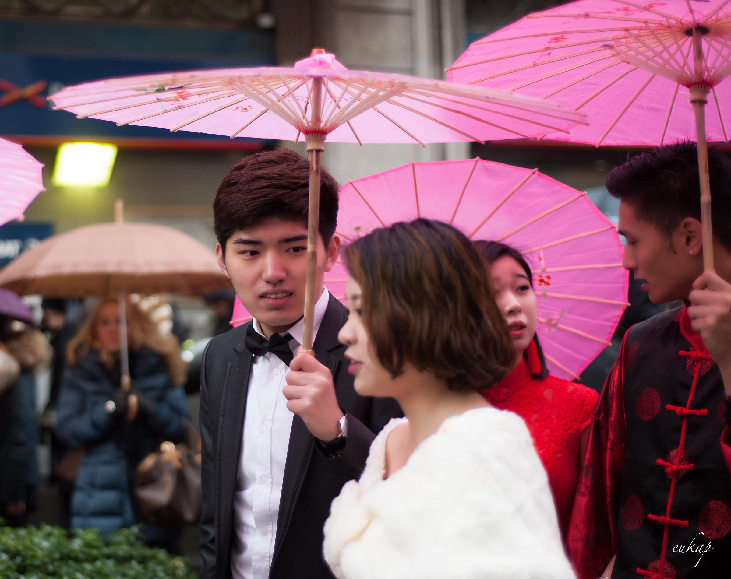 Giovane coppia cinese...