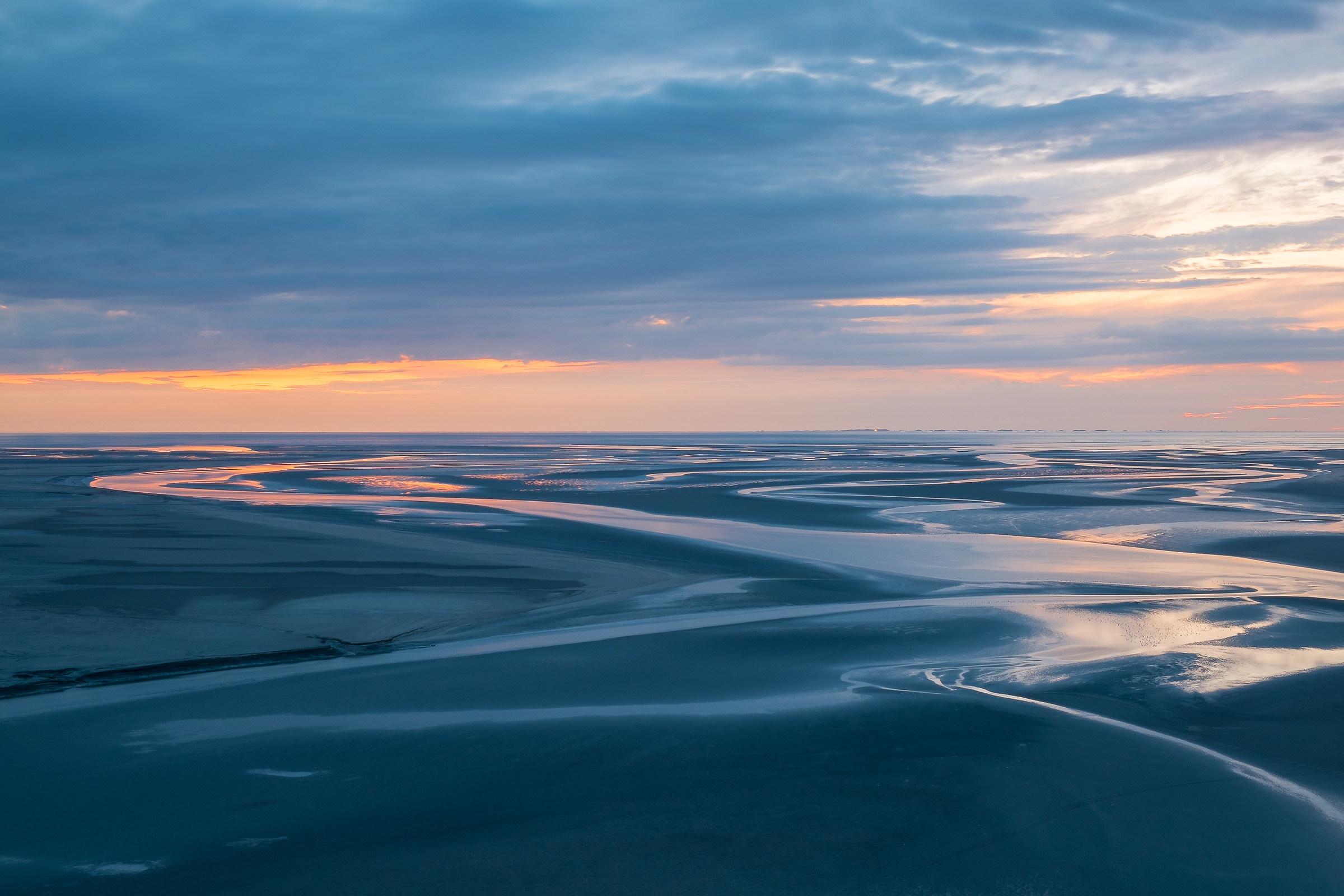 Avanza la marea...