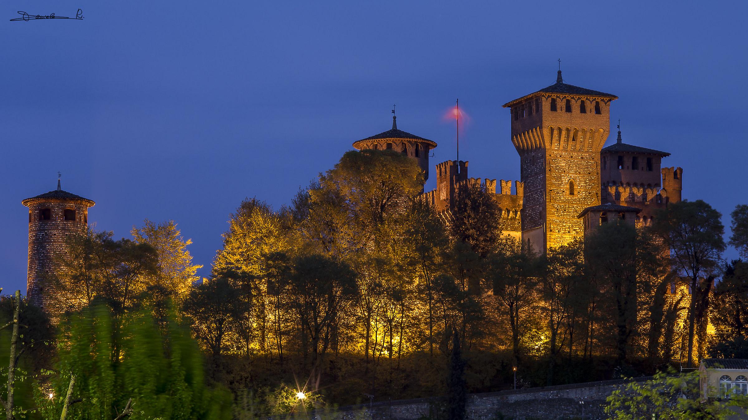 Il Castello  (Montichiari BS)...