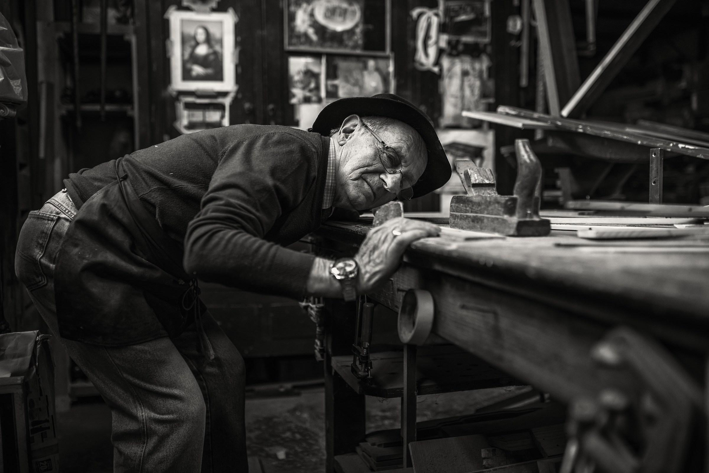 Ishmael the carpenter 9...