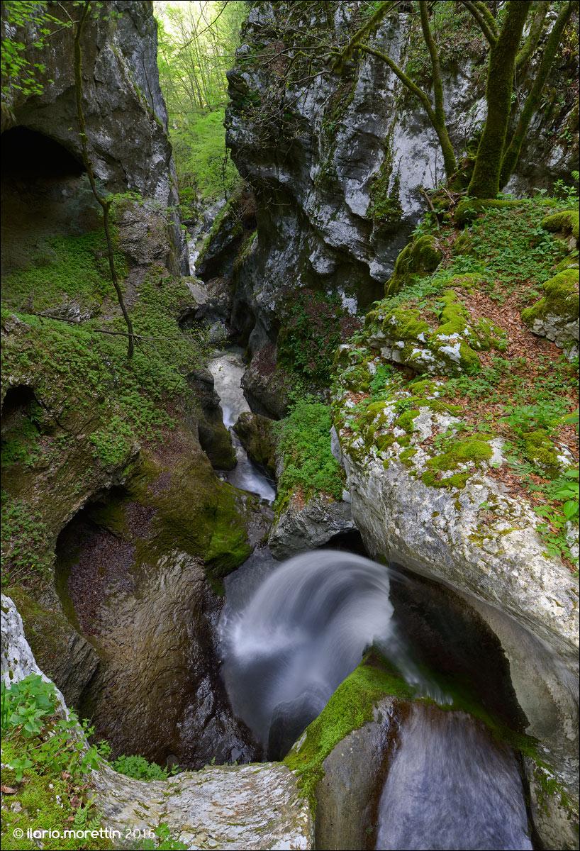Waterfall on the Rio Molat...