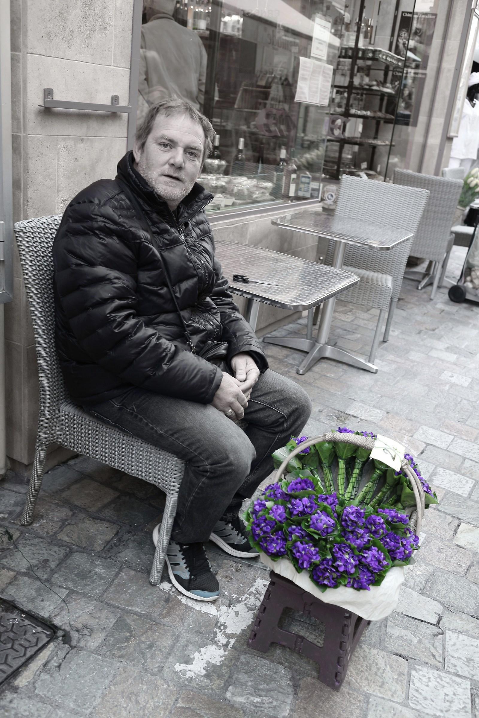 The vendor violets...