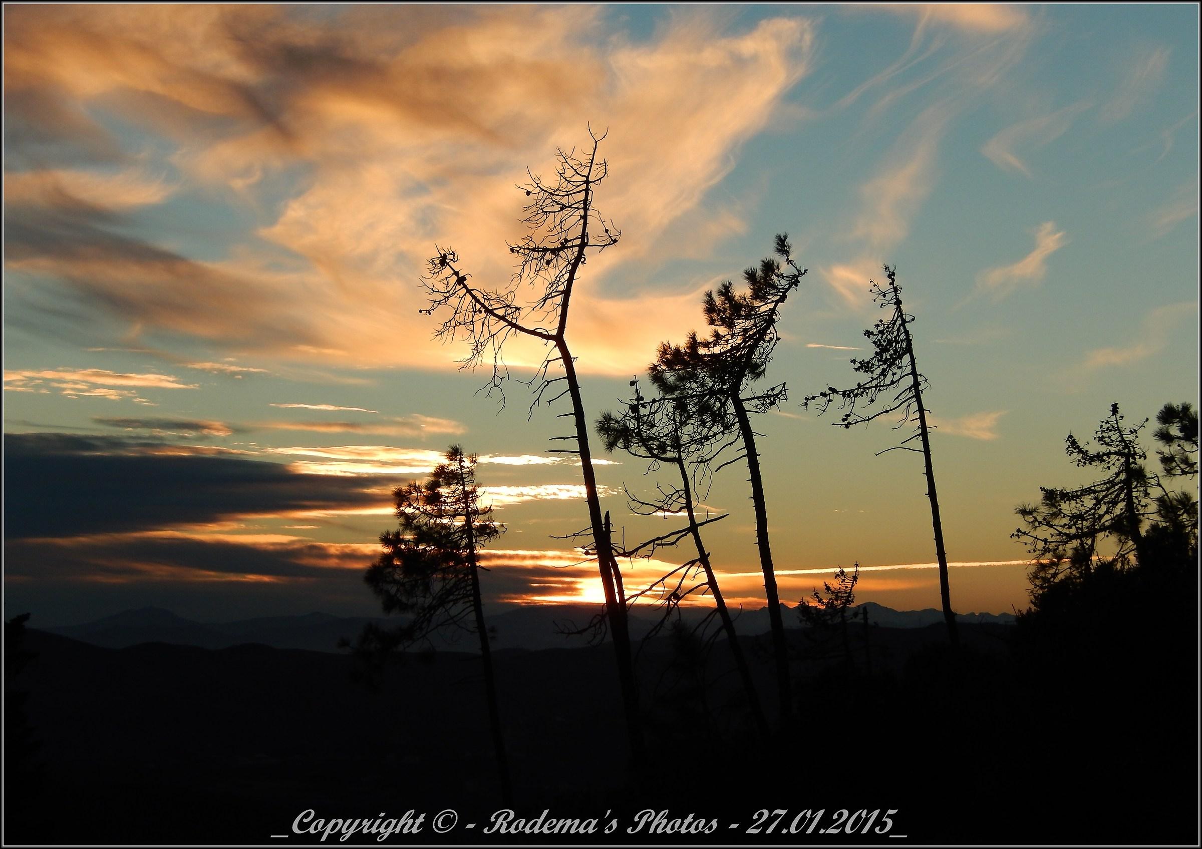 brushstrokes in cielo.3...