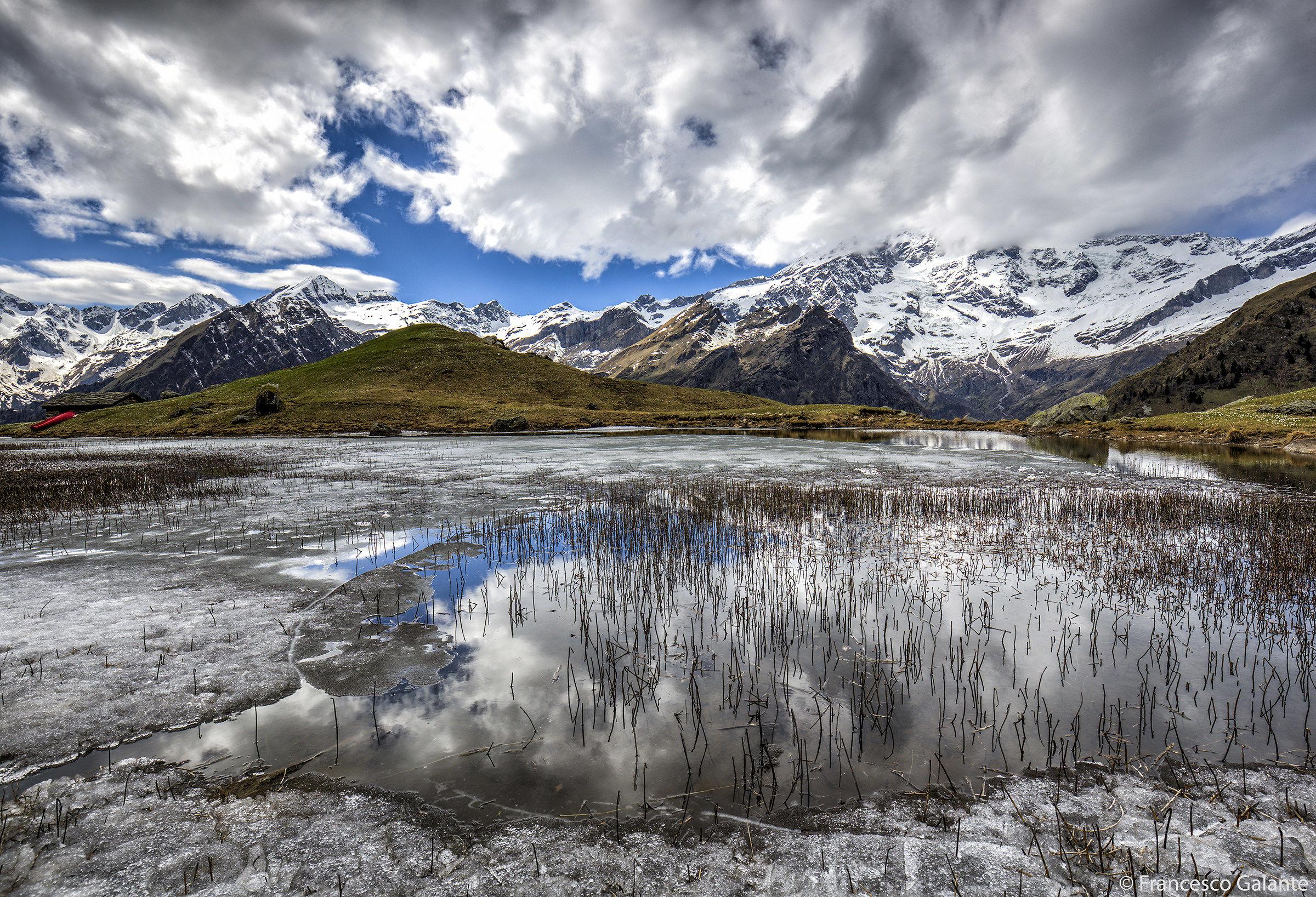 Il laghetto del alpe campo alagna valsesia juzaphoto for Il laghetto