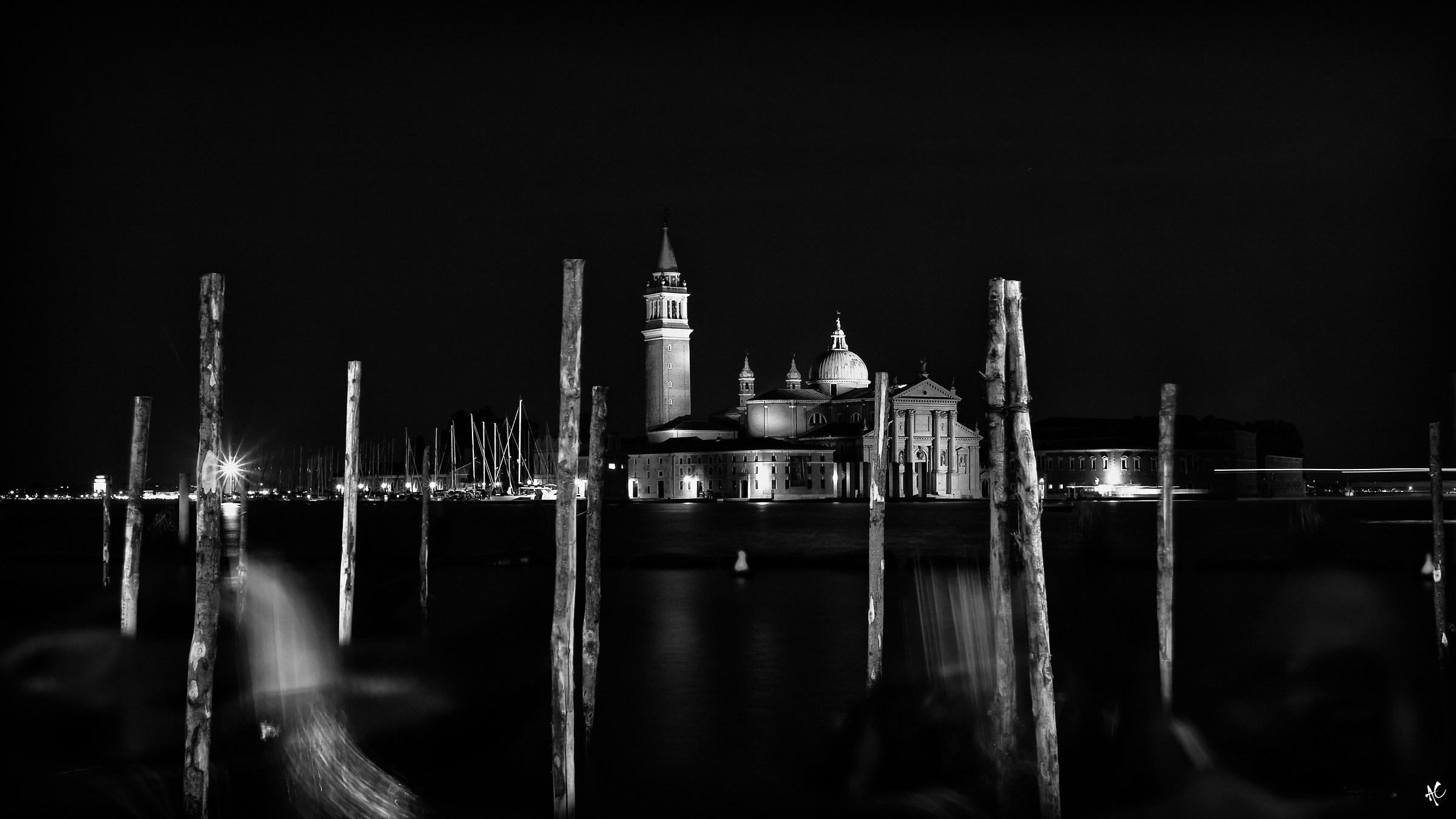 Que c'est triste Venise...