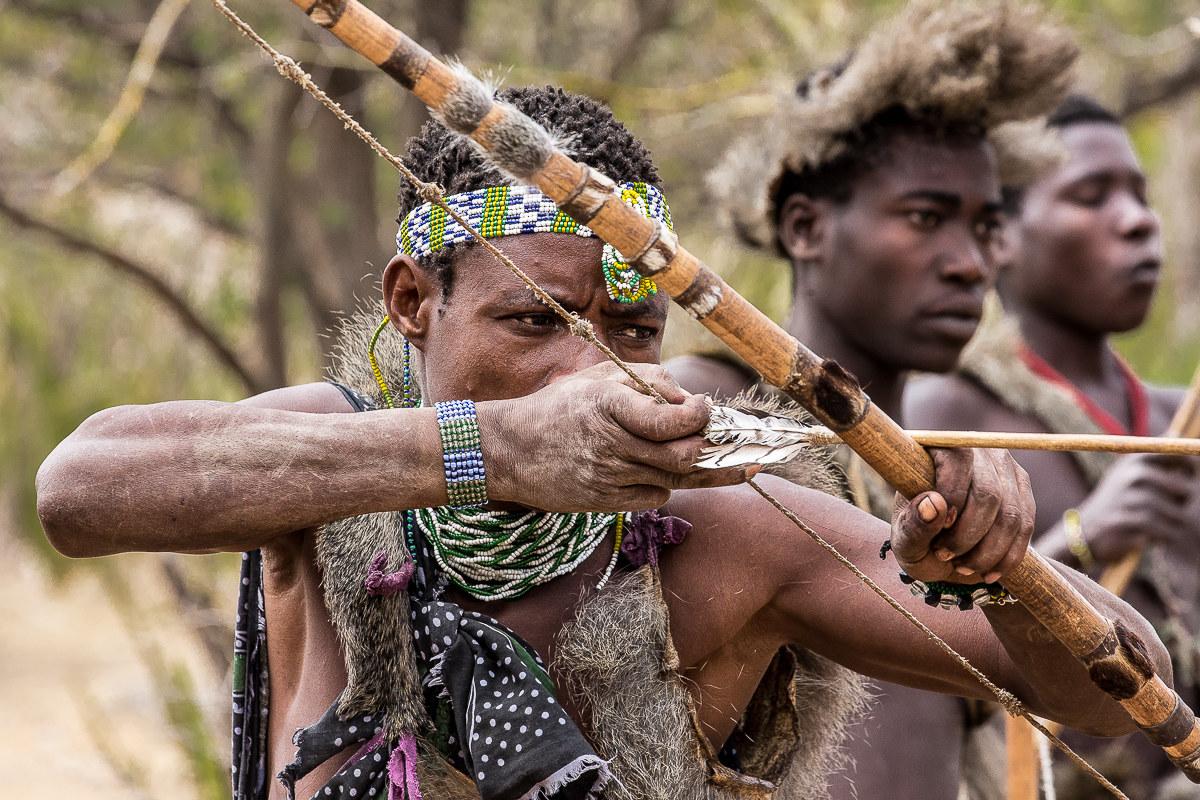Hadza incredible encounter: Aim!...