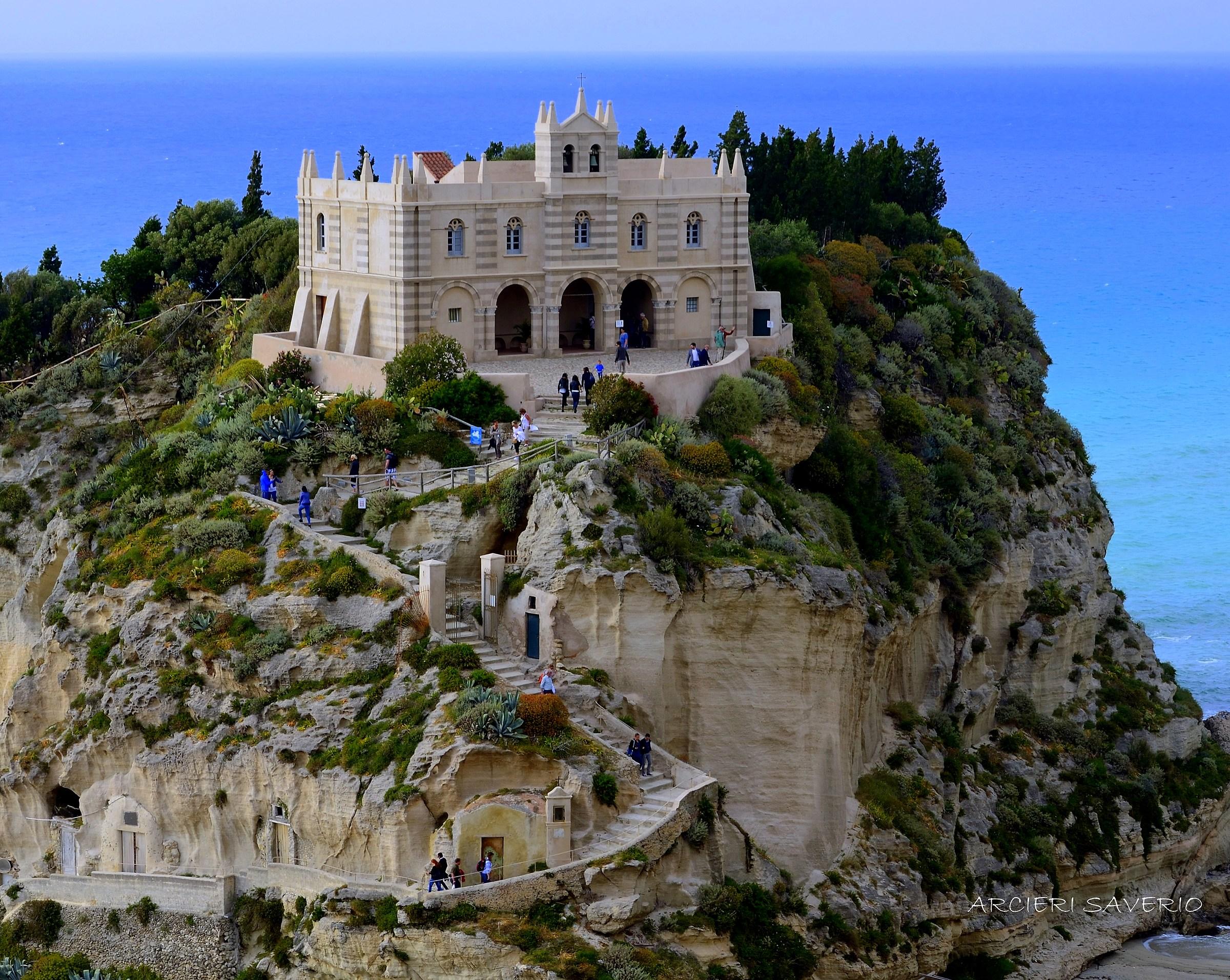 Santa Maria dell 'island Tropea Vv...