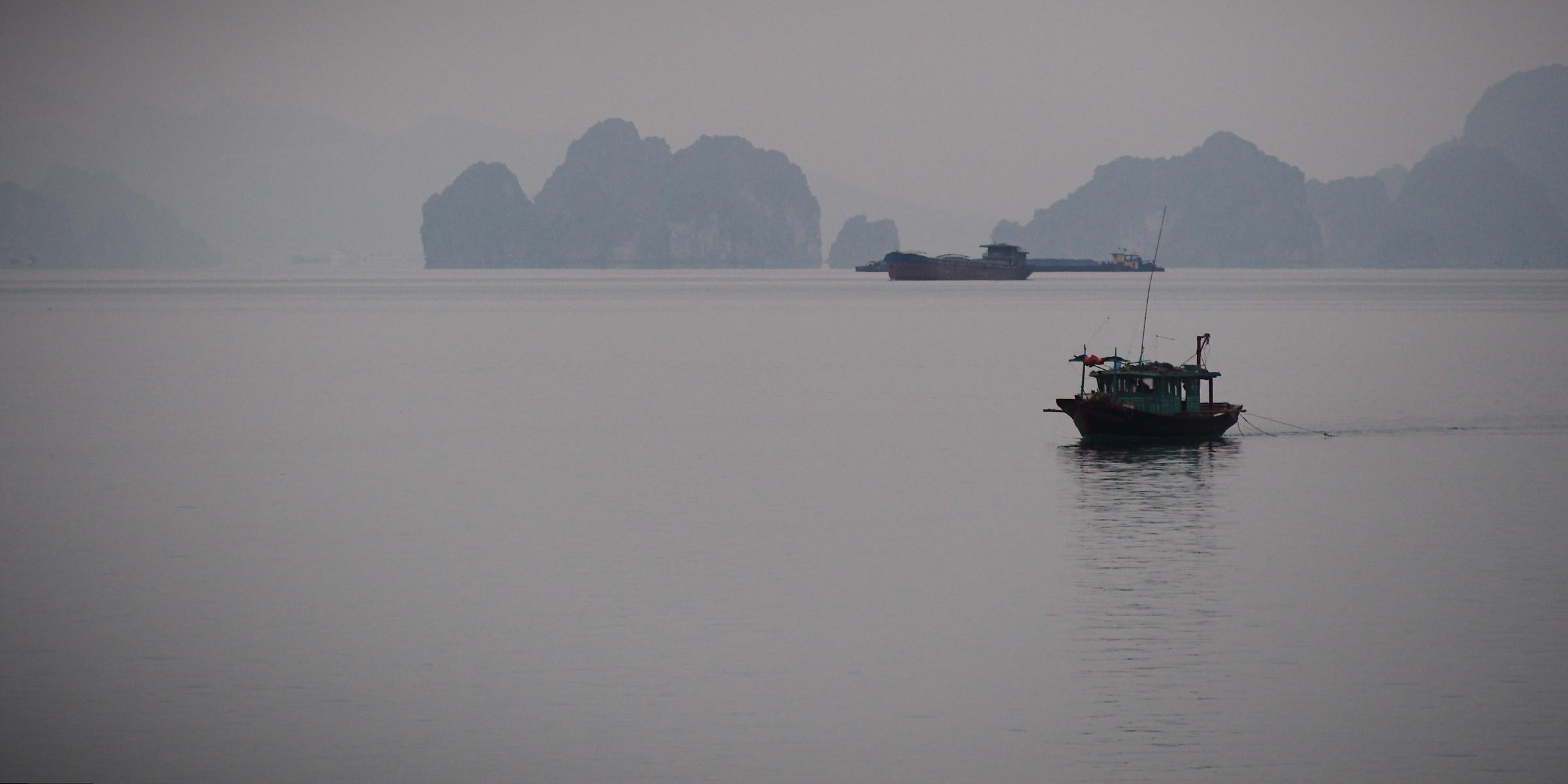 Vietnam, Ha Long...