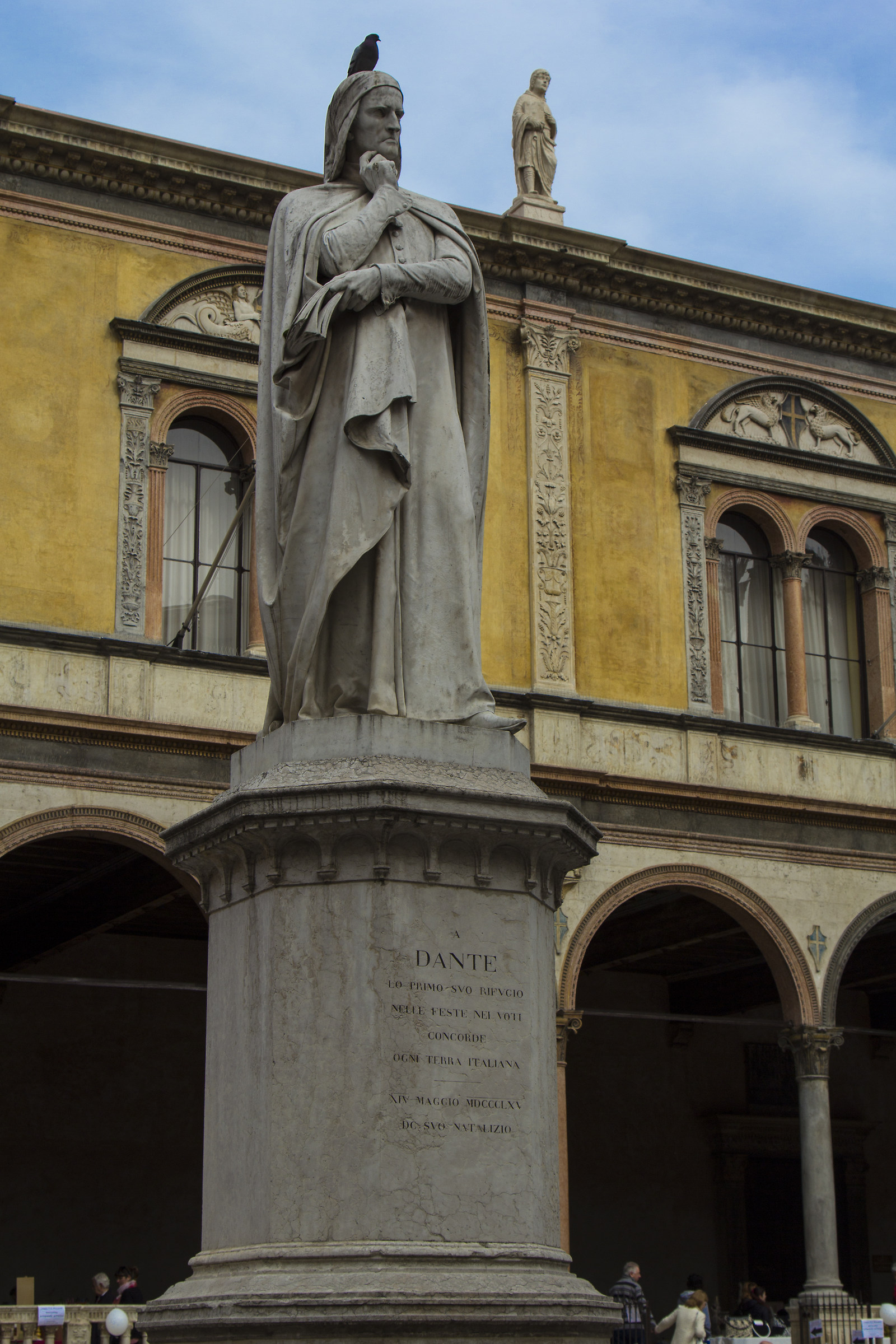 Dante and the pigeon...