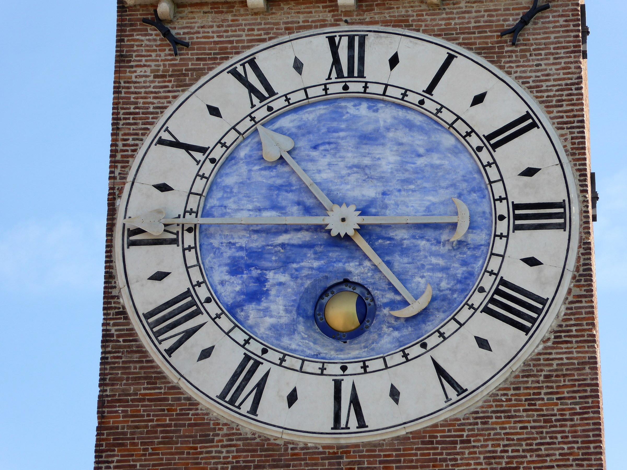 Vicenza ... Bissara clock tower...