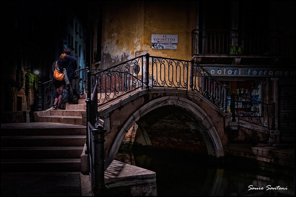 love in night in Venice...