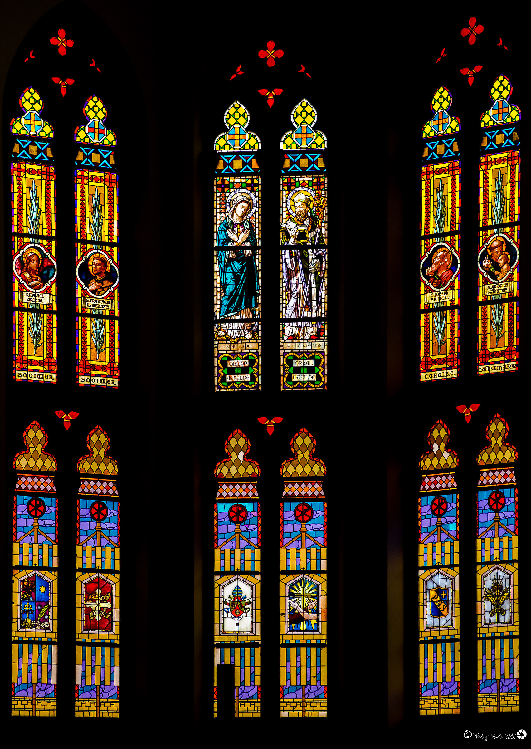 stained-glass window Santa Maria - River...