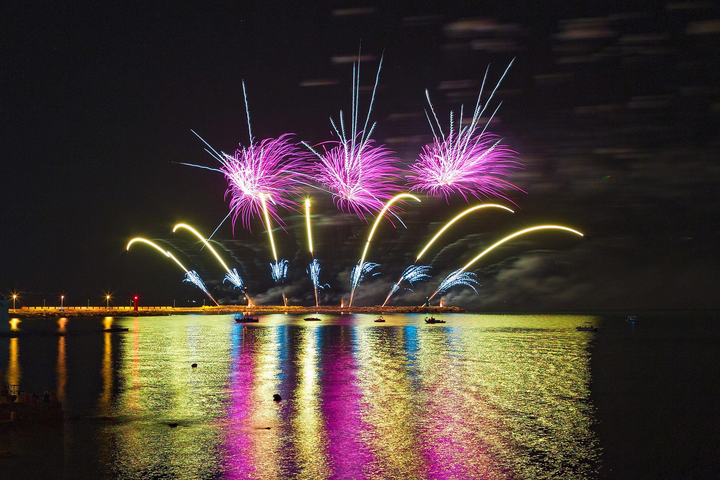 Trani 2016 Fireworks 5...
