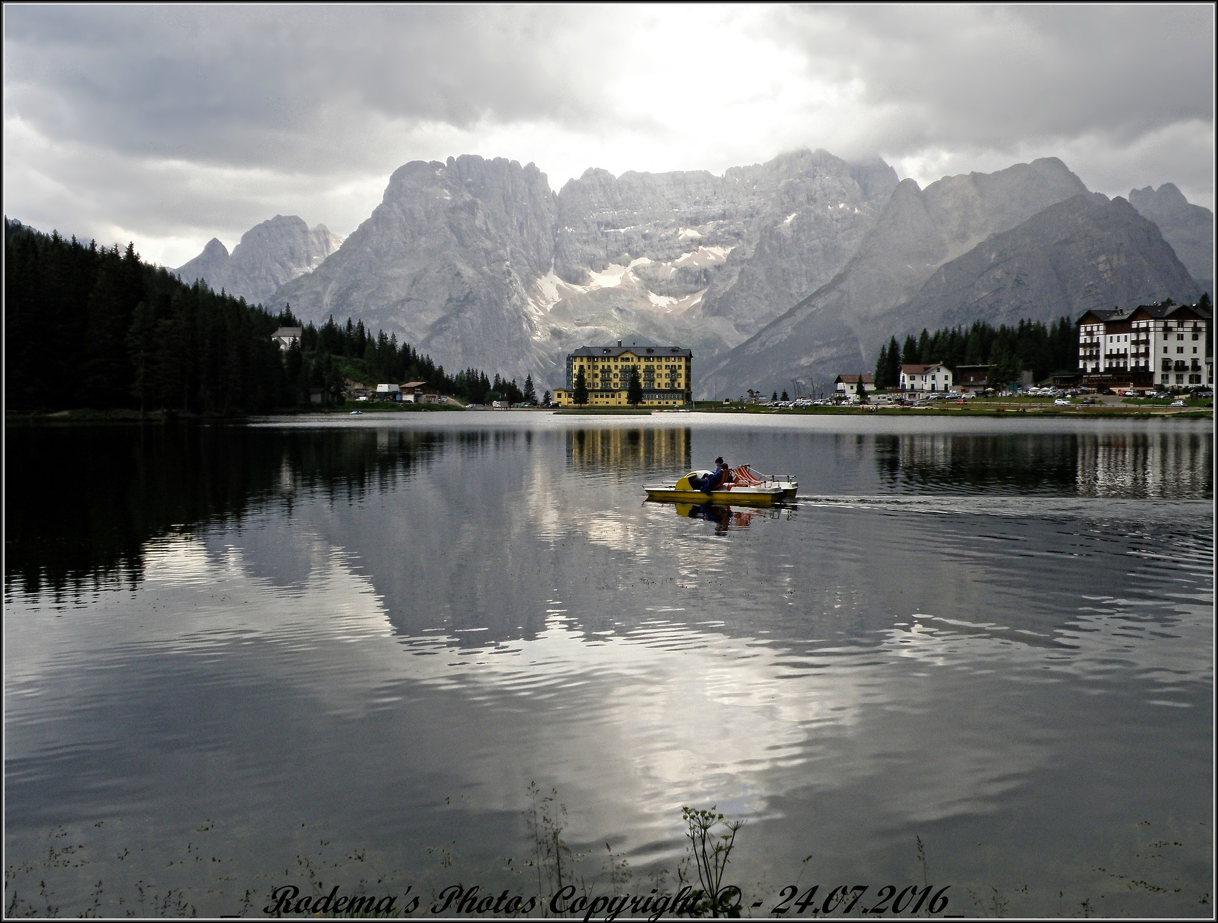 Pedal boat crossing of Lake Misurina...