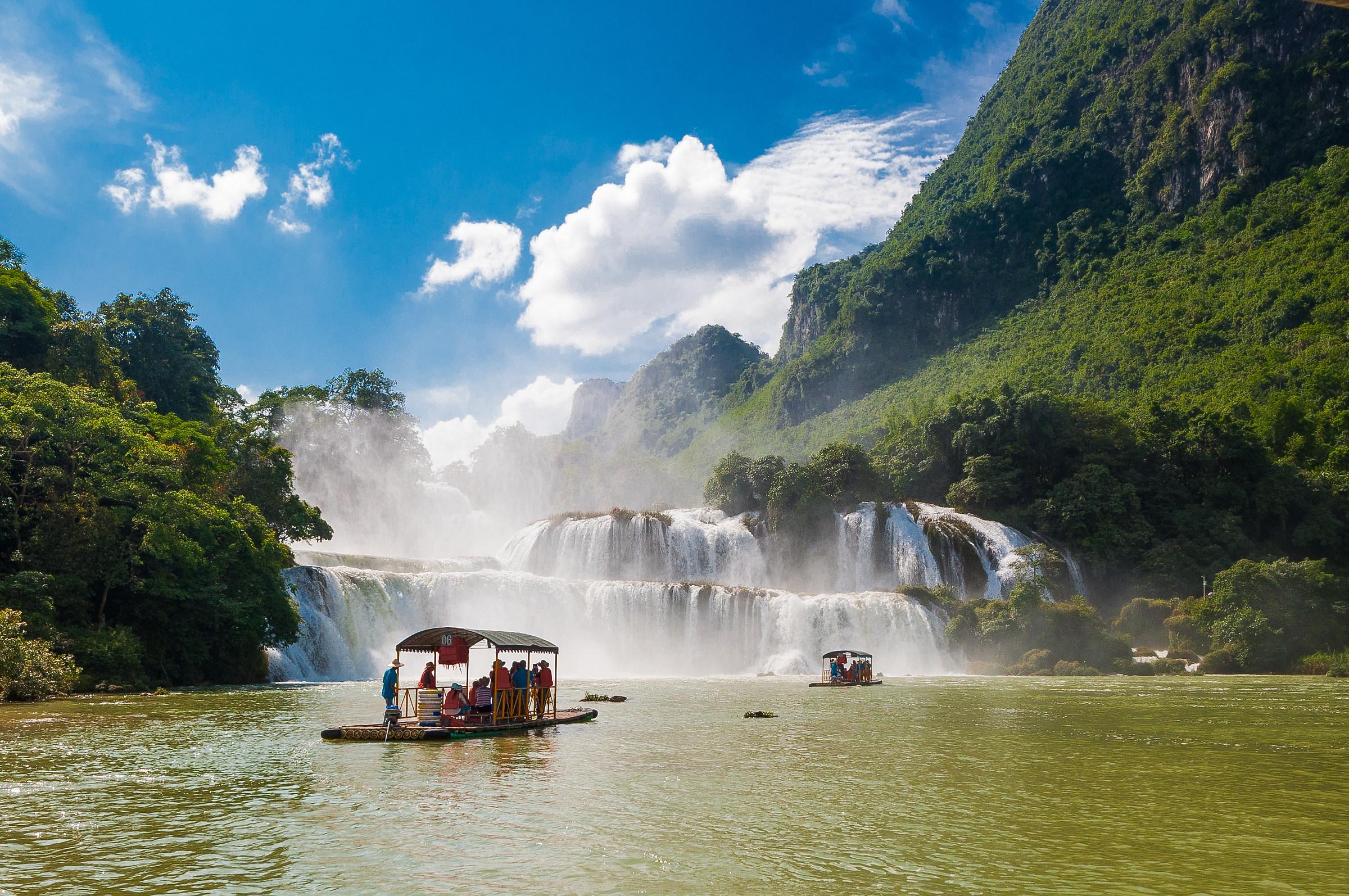 Ban Gioc Falls...