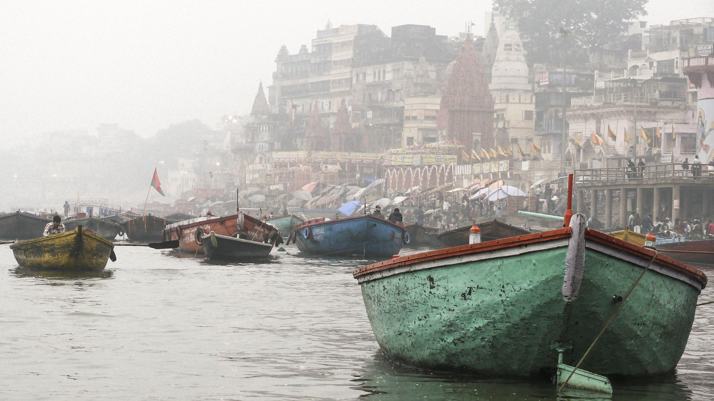 Barche sul Gange...