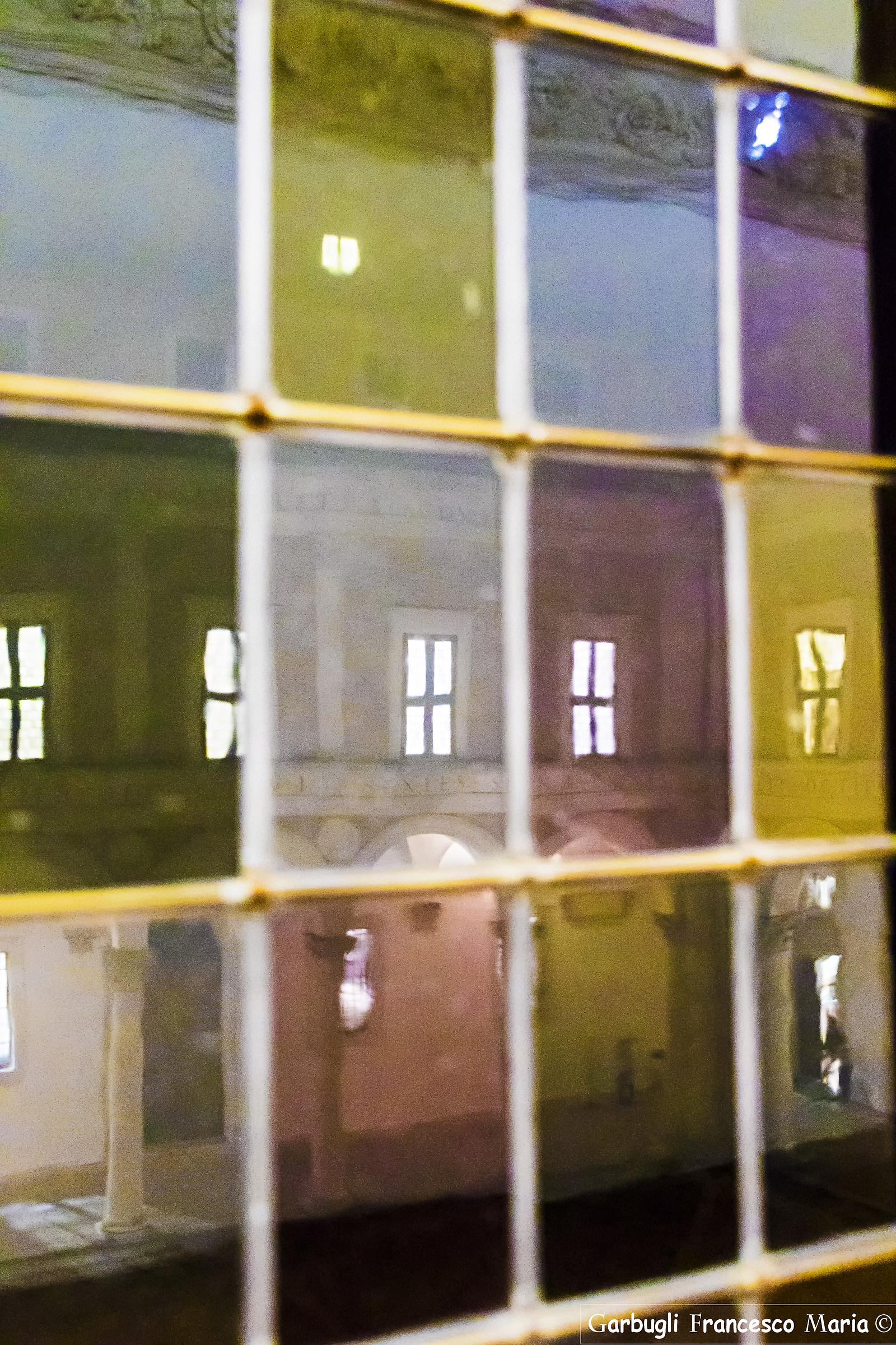La finestra sul cortile ducale juzaphoto - La finestra sul cortile ...