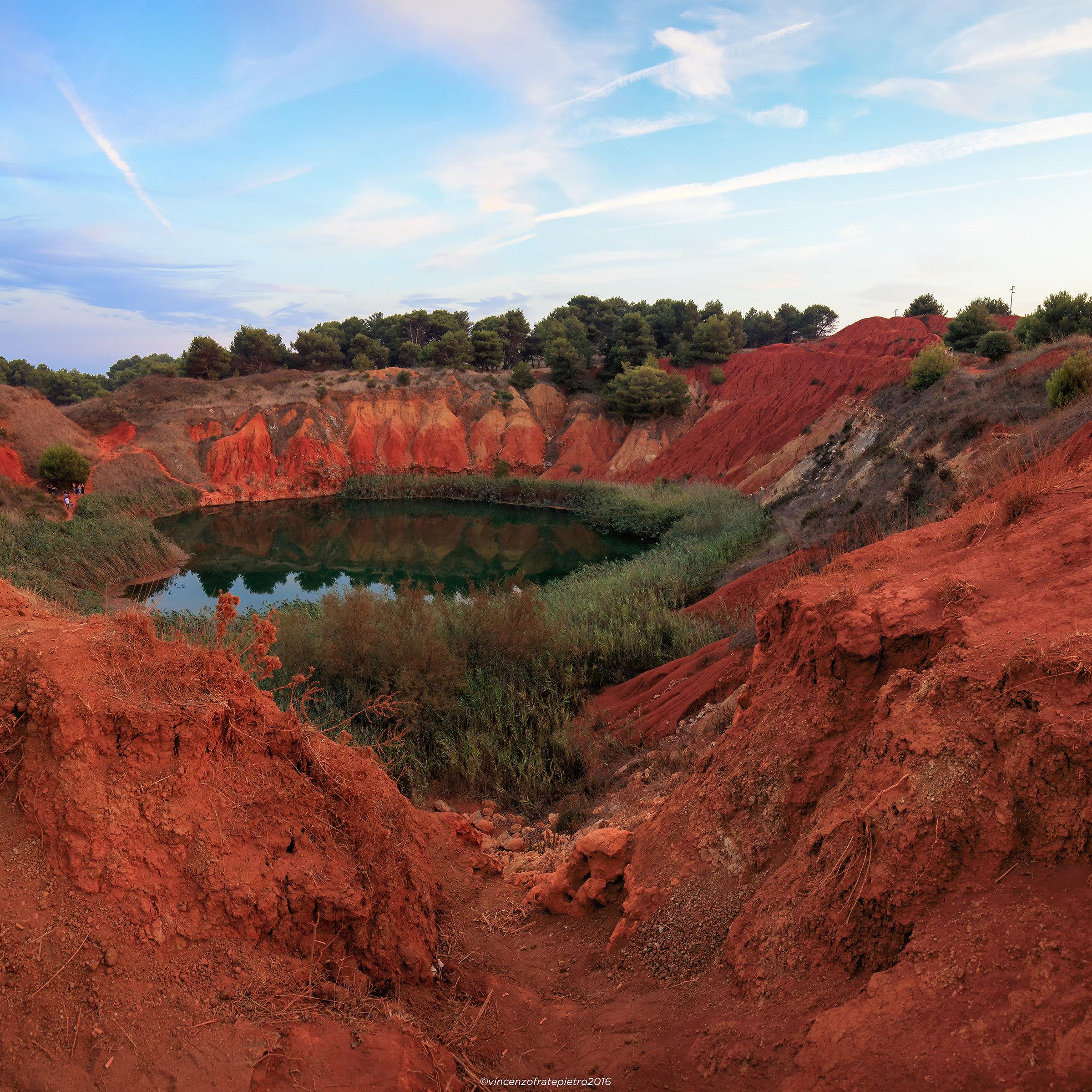 bauxite quarrying - Otranto...