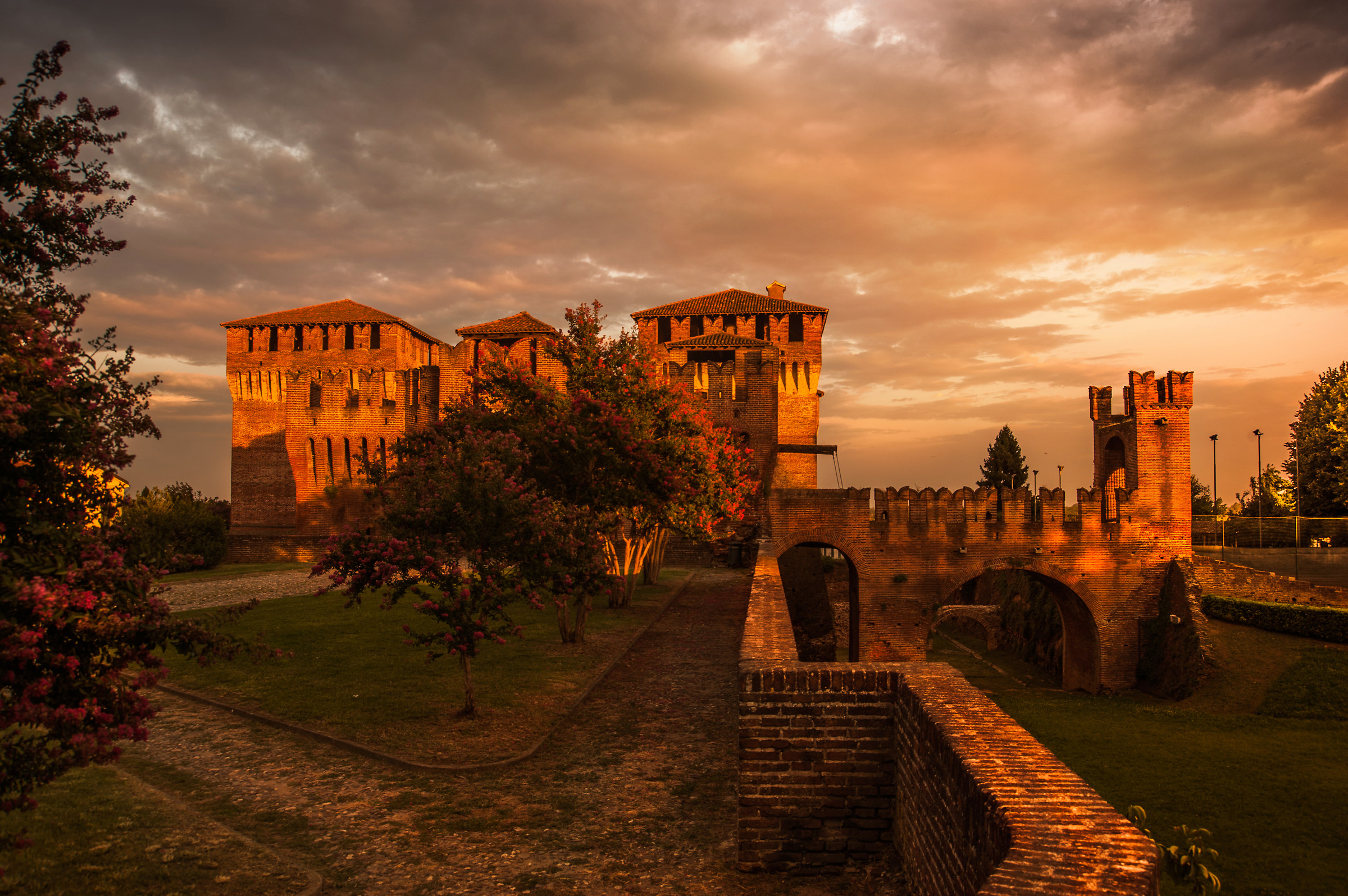 The fortress of Soncino...
