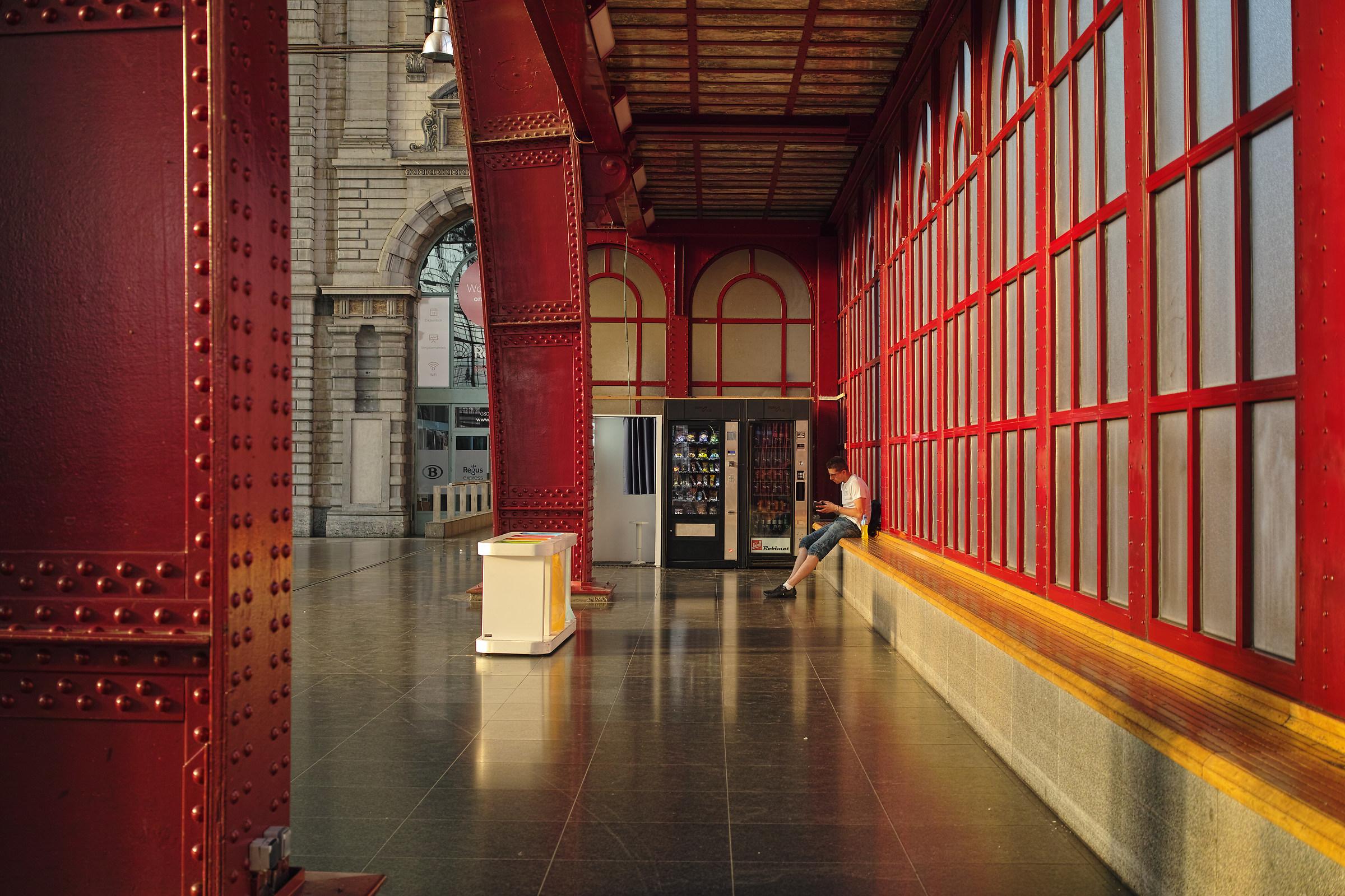 Antwerpen Central Station...