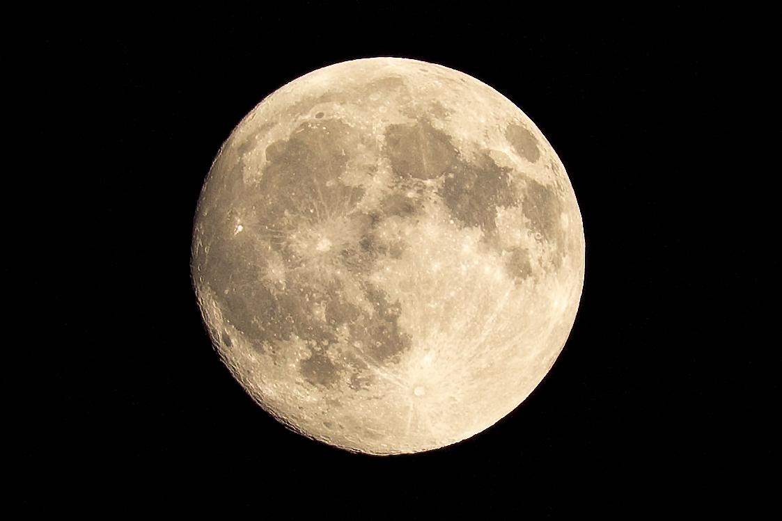 Luna 09.15.2016...