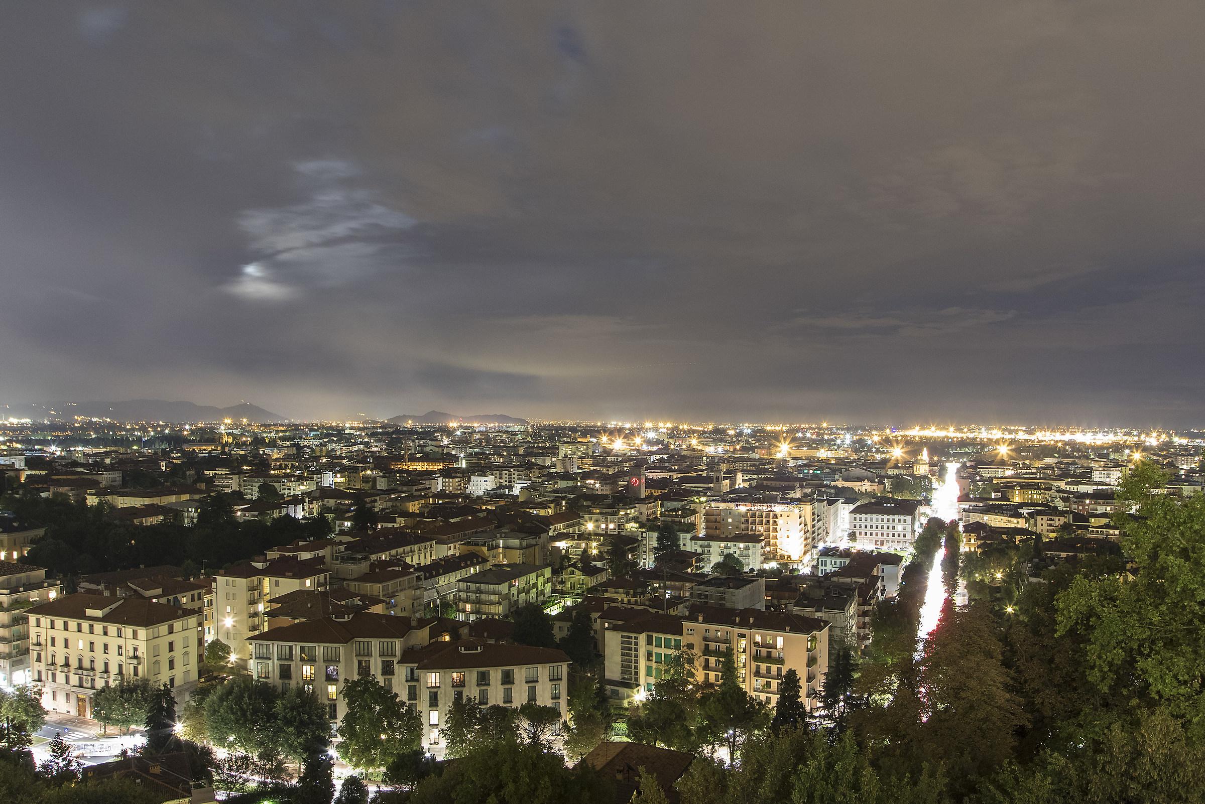 Bergamo centro vista da Città Alta...