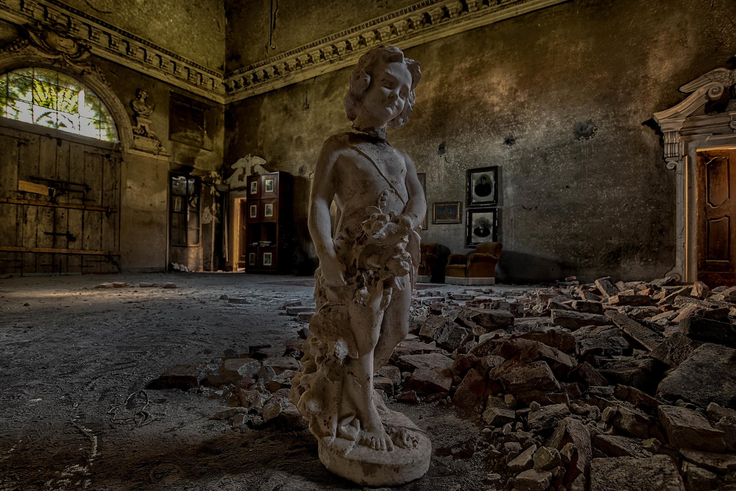 Palazzo G....