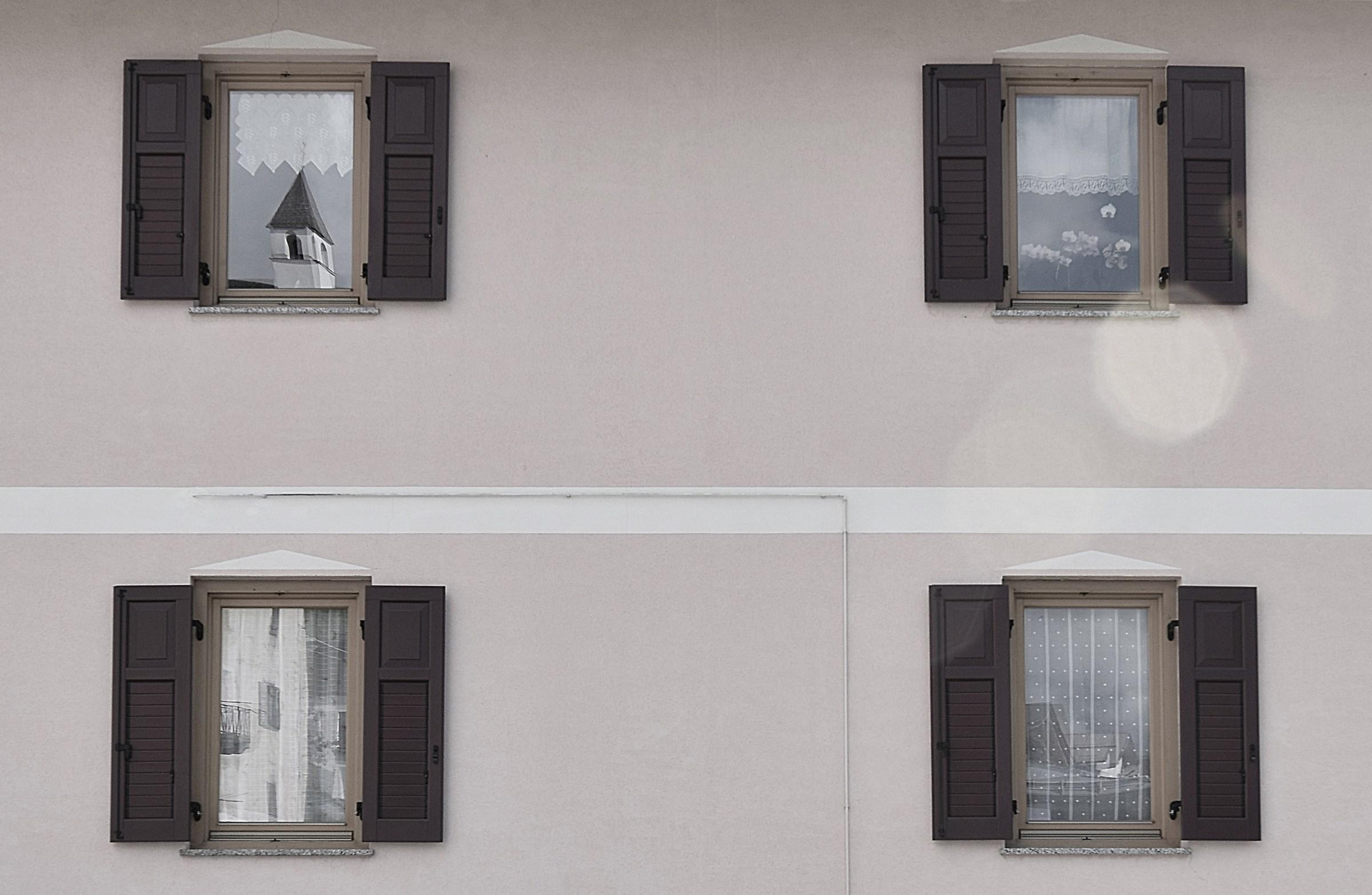 riflesso.....alla finestra...