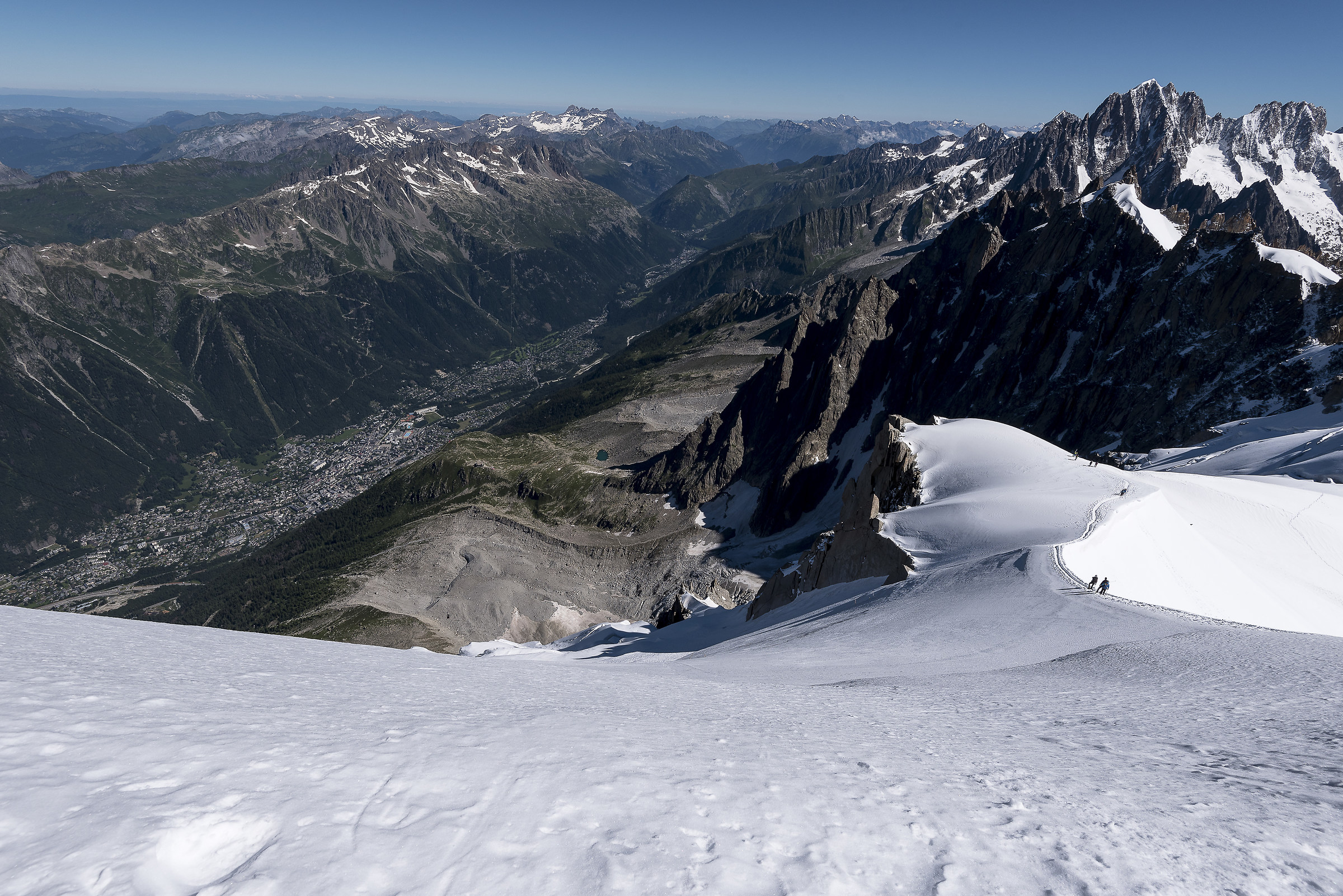 Going down dall'Aguille du Midi...