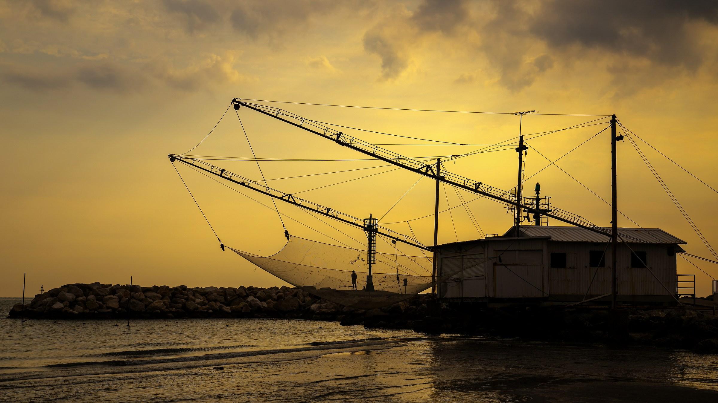 Pescatori al tramonto...
