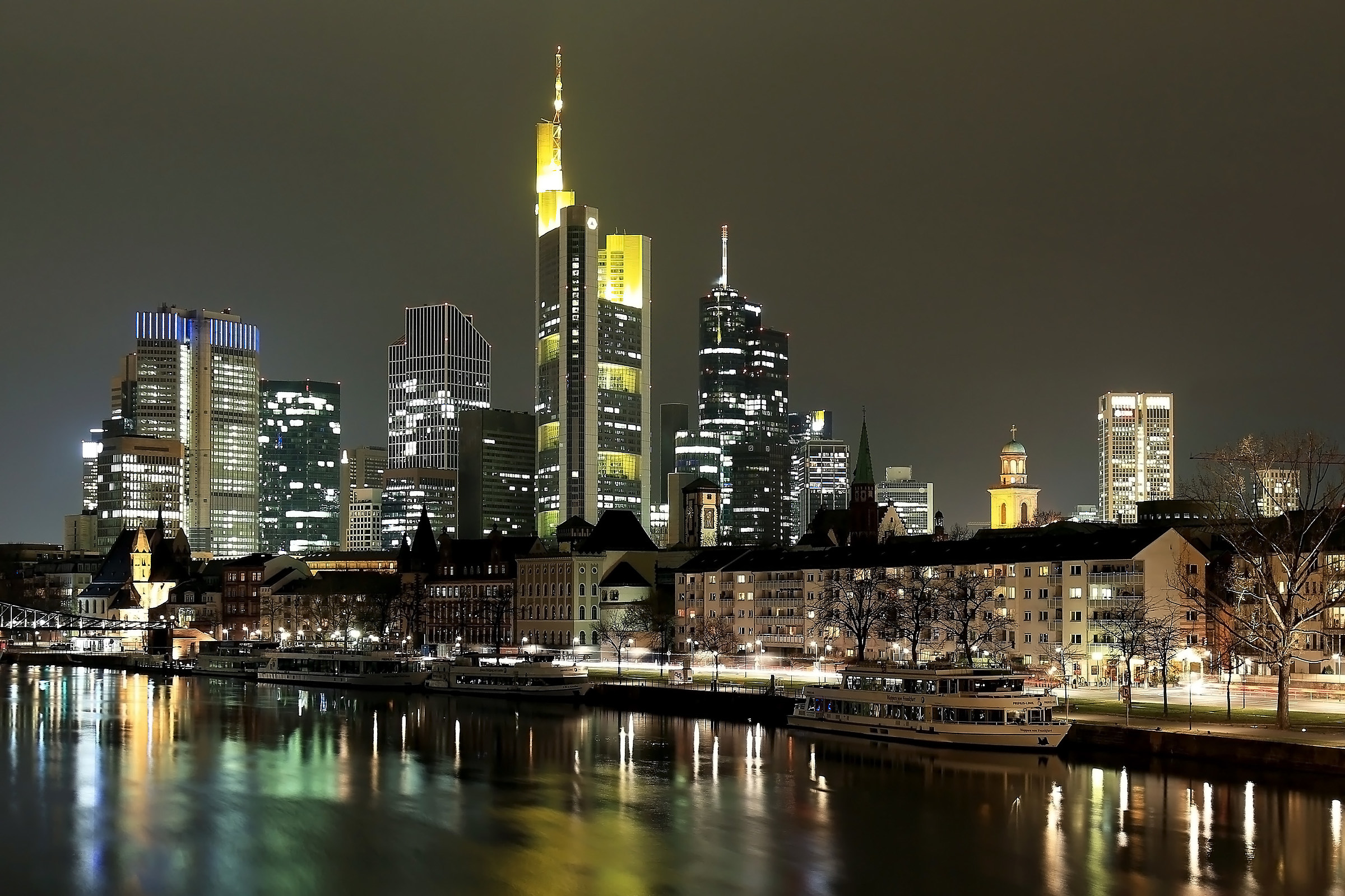 skyline Frankfurt...
