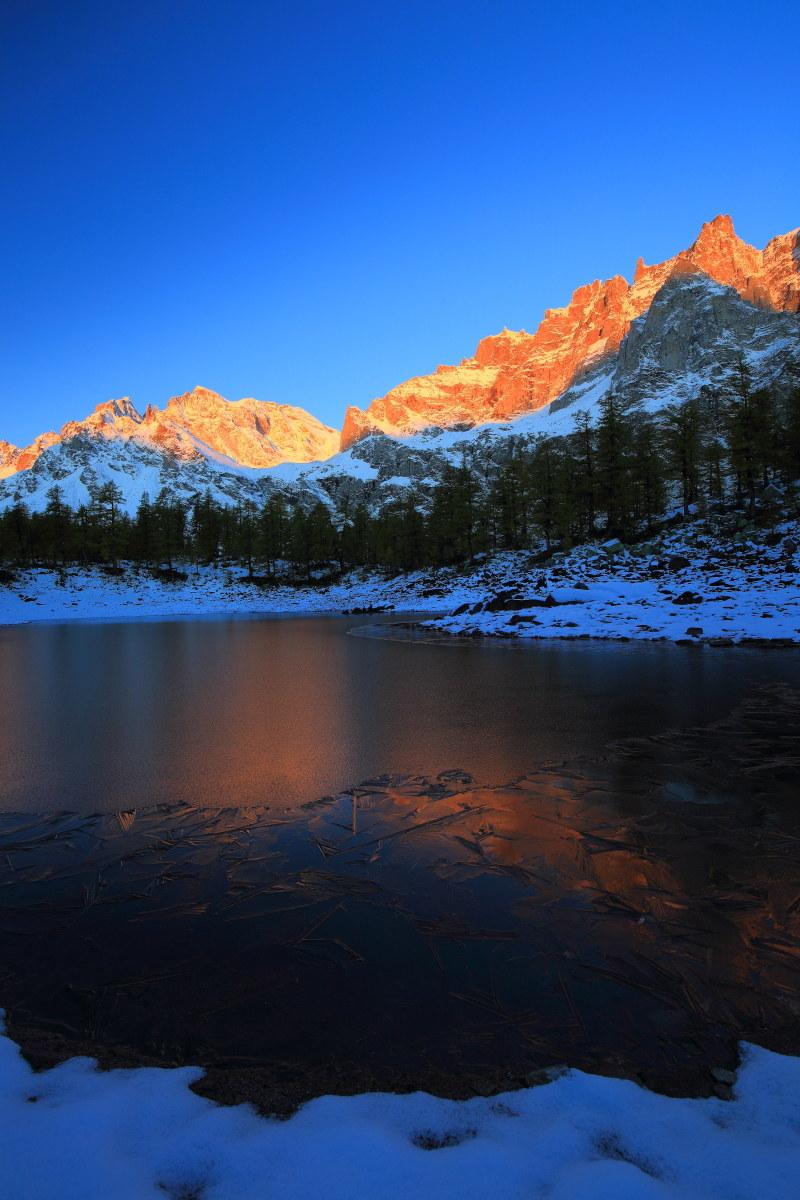 Dawn at Black Lake...