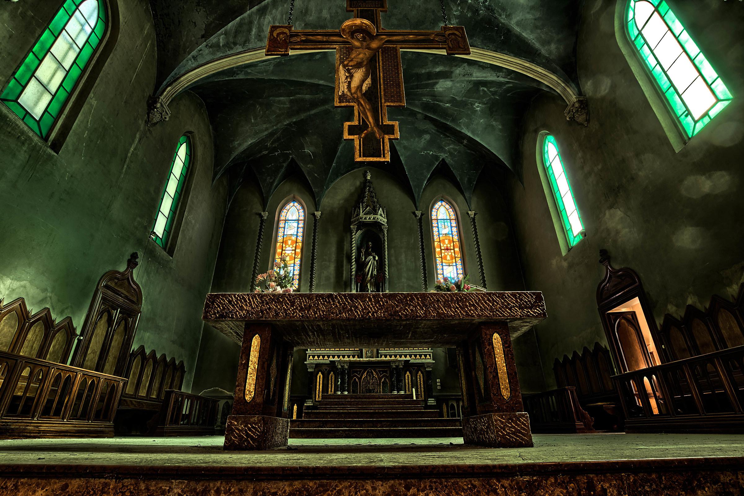 L'altare...