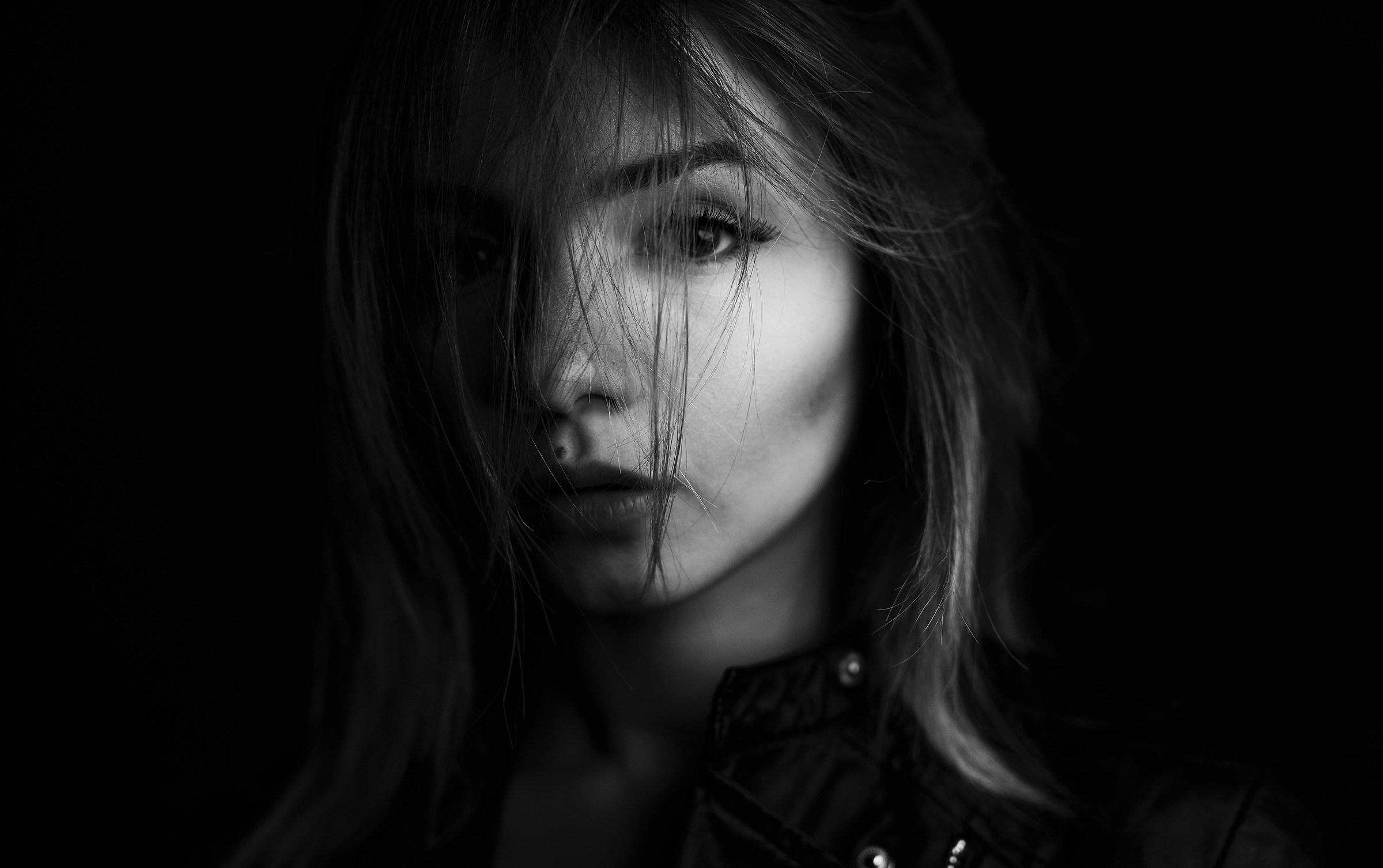 emotional portrait juzaphoto