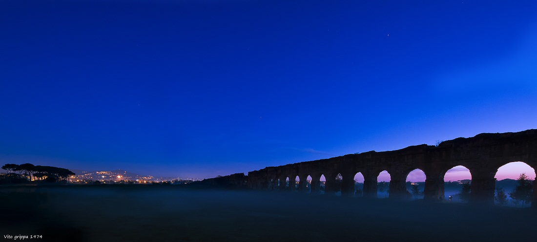 Fog on the Roman aqueducts...