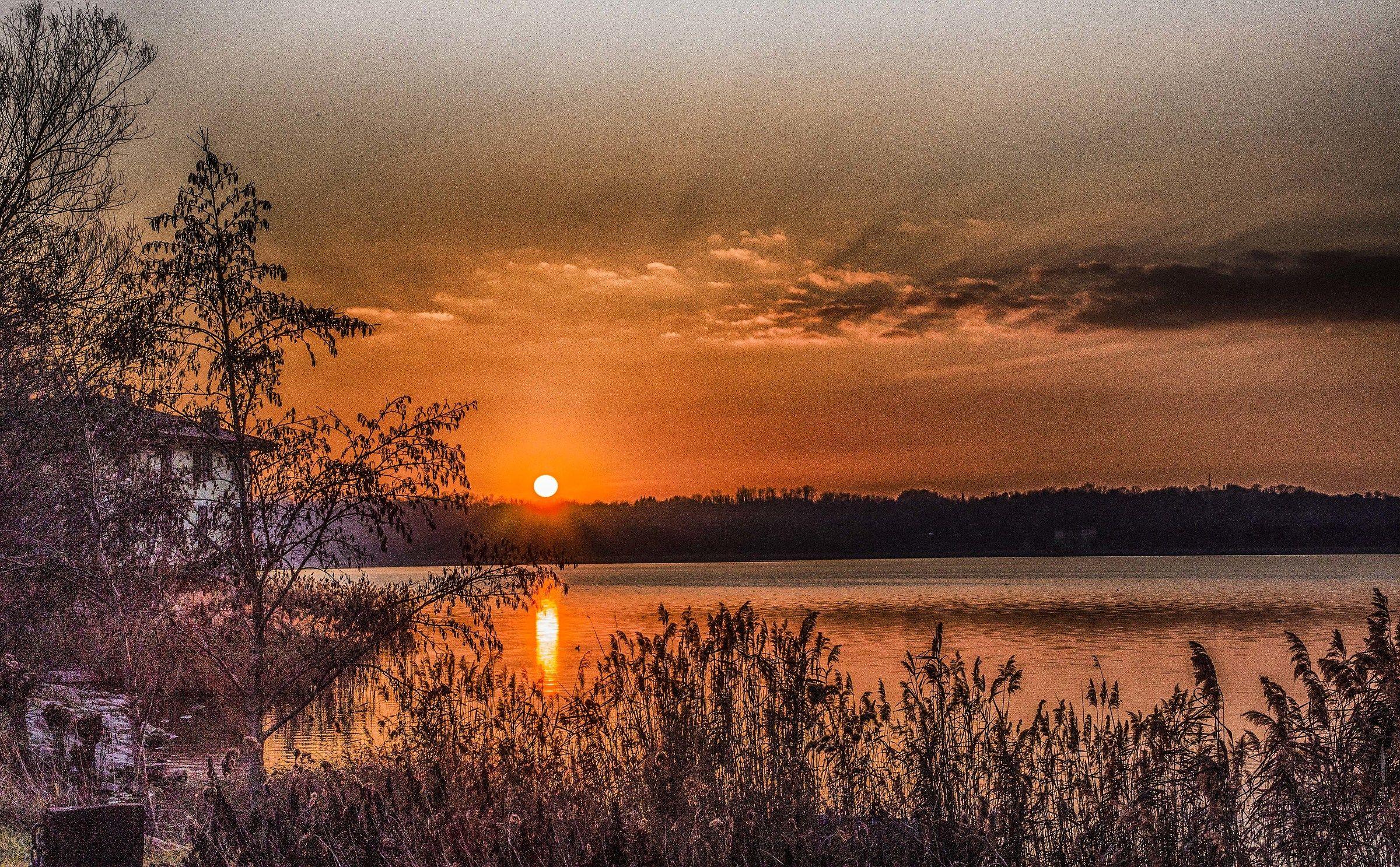 Lake Civate...