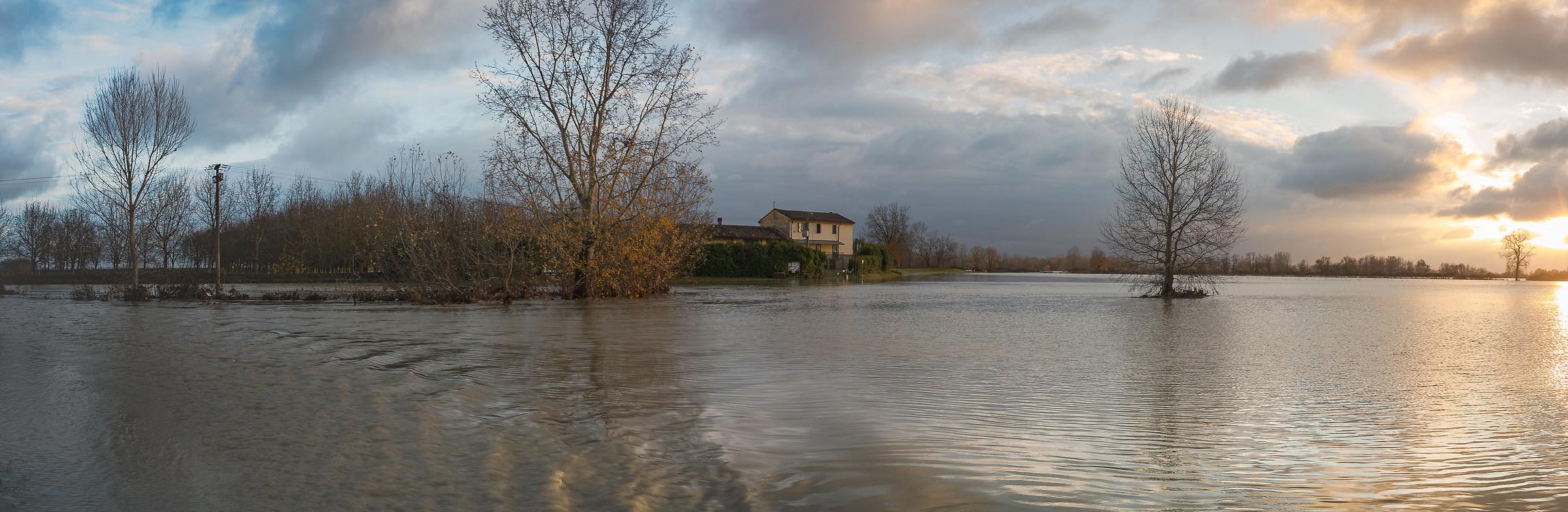 Acquario di Motta Baluffi sottacqua...