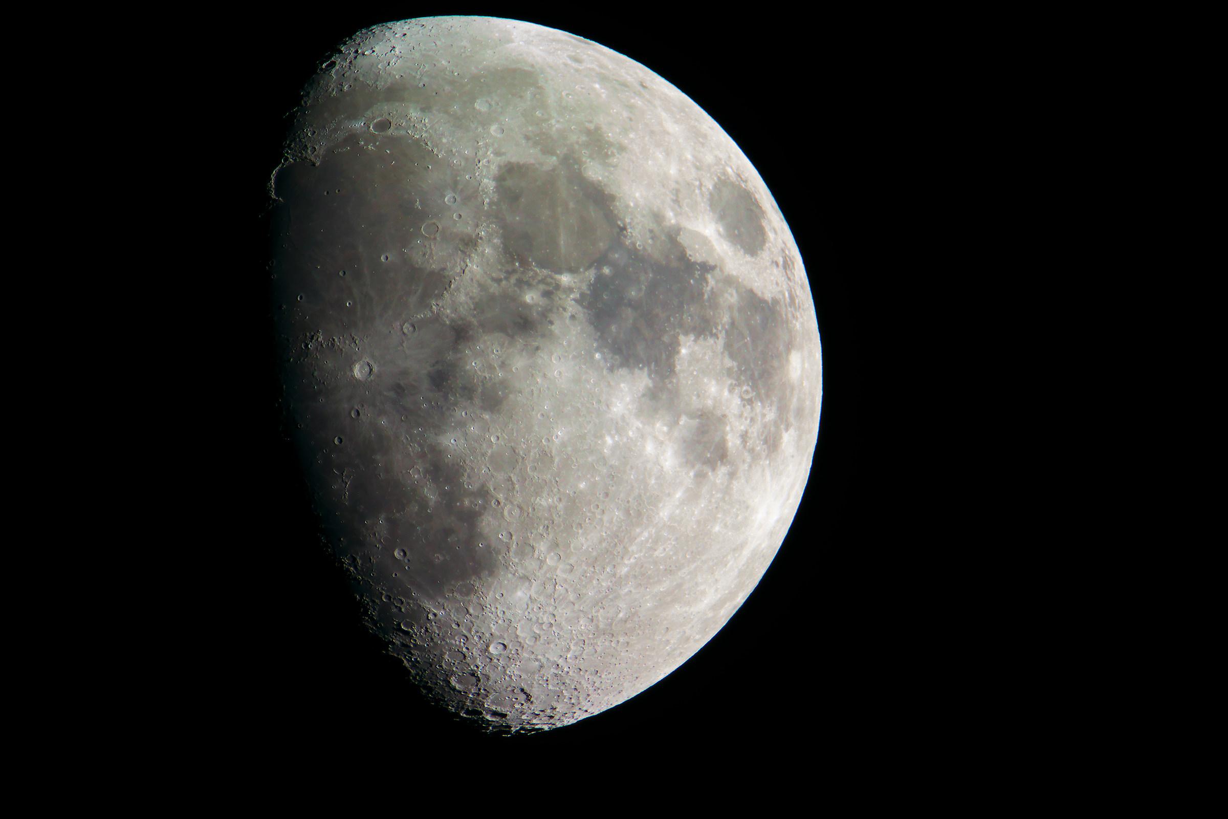 moon v3...